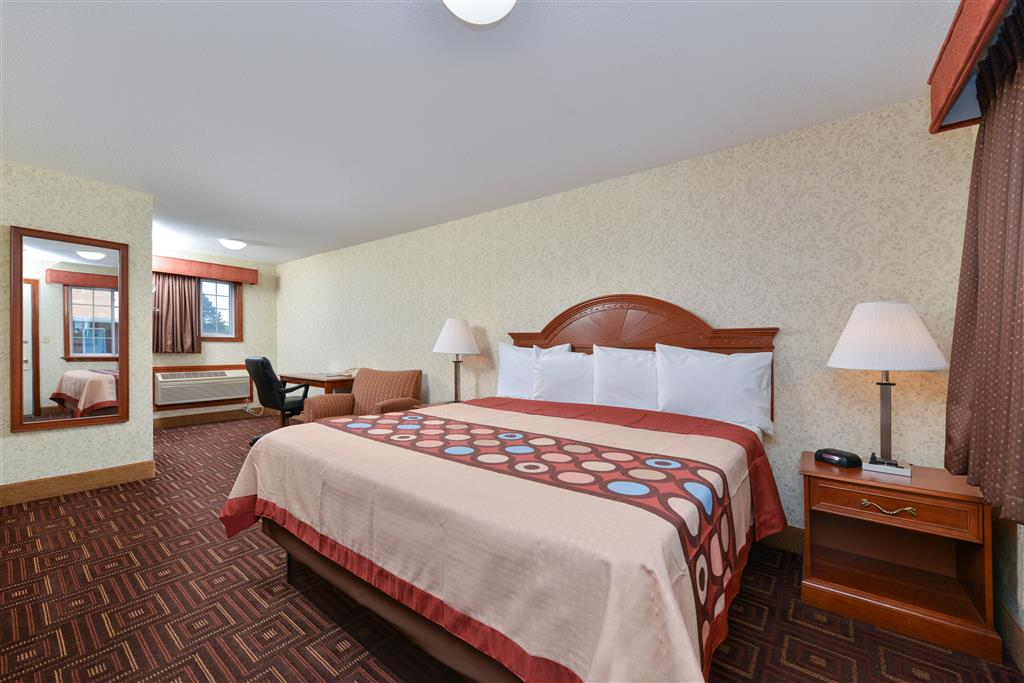 Americas Best Value Inn - Branford image 6