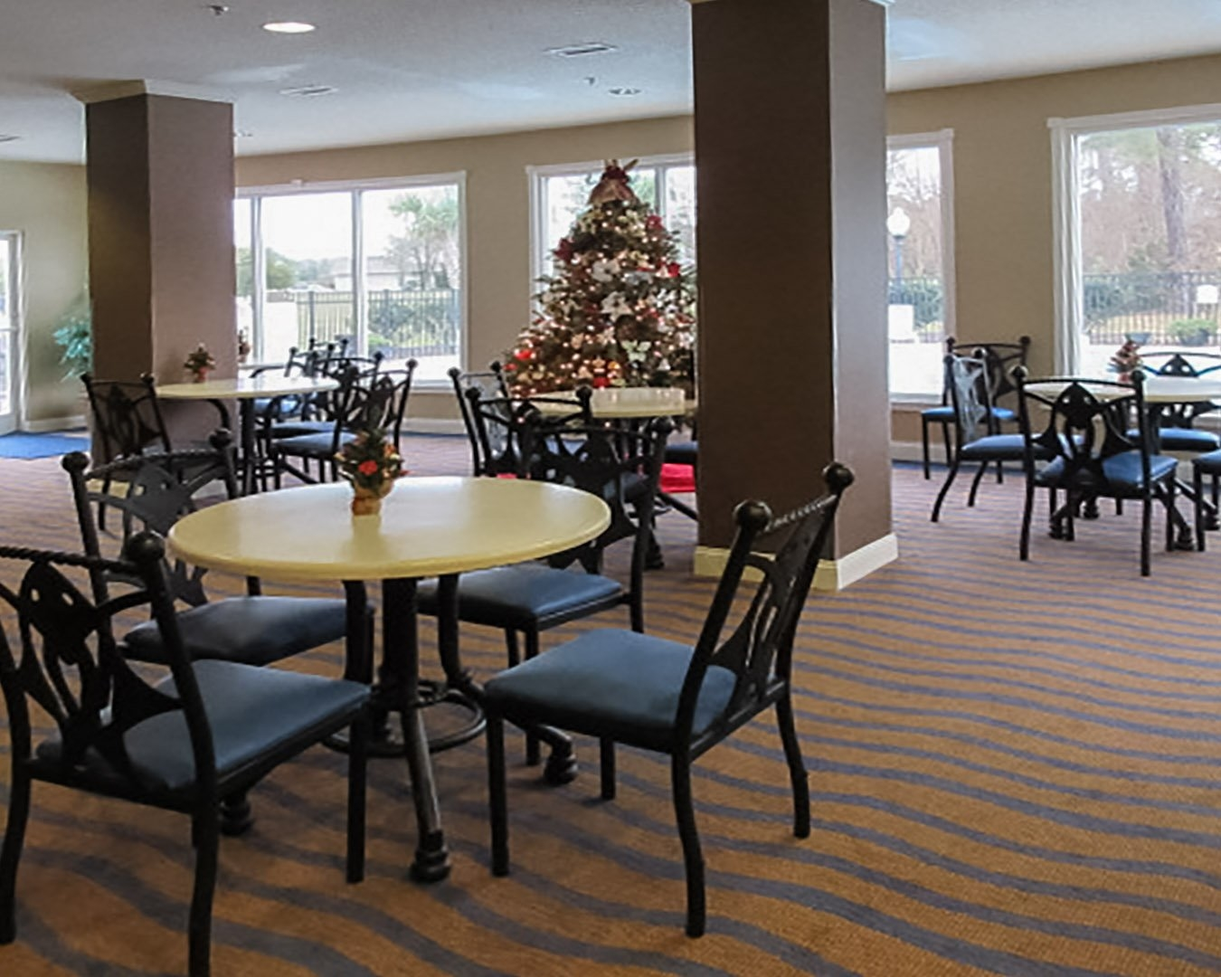 Quality Inn & Suites image 6