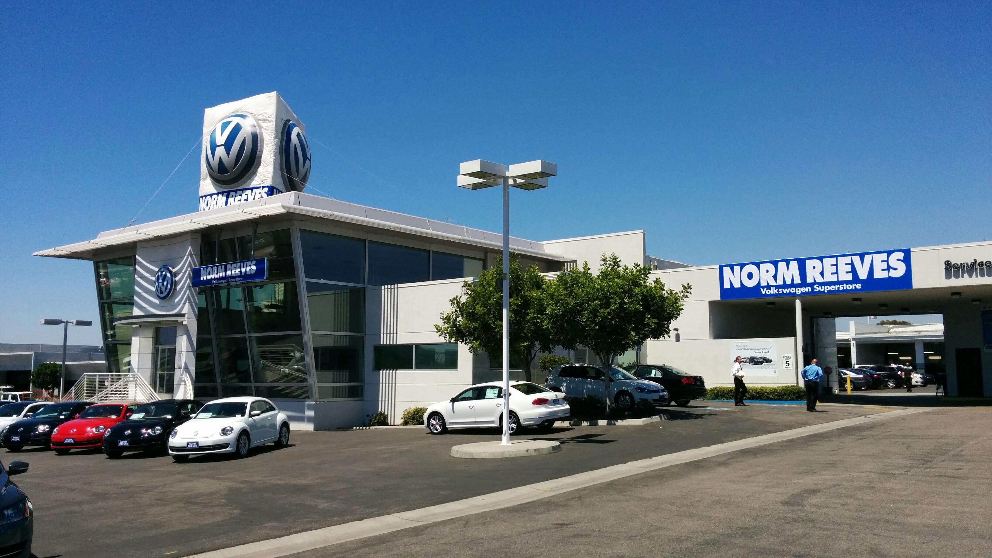 Norm Reeves Volkswagen Superstore in Irvine, CA - 949-830-7300