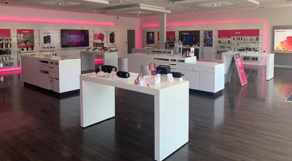 T Mobile Store At 4654 South Cooper Street Suite 322 Arlington