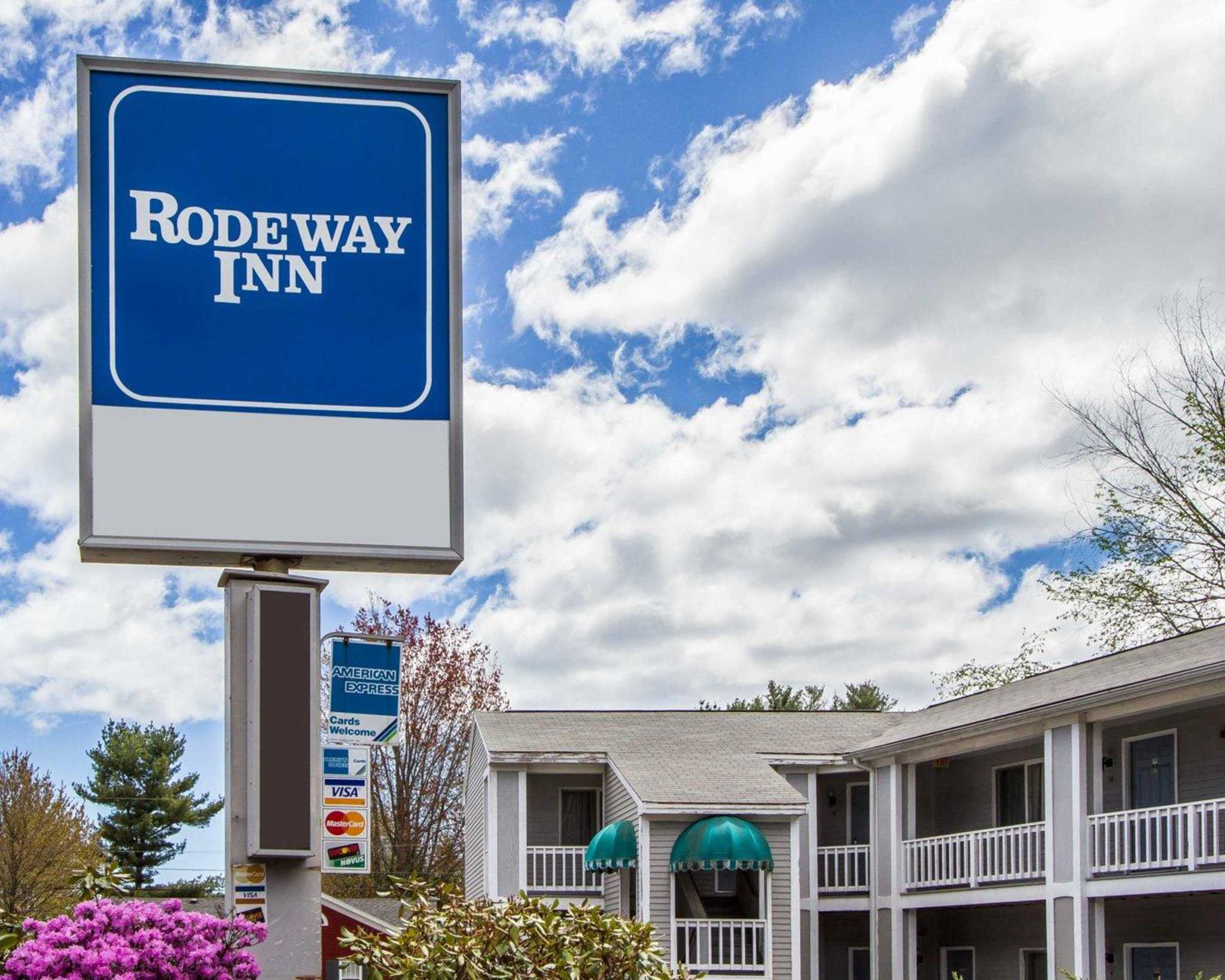 Rodeway inn business report