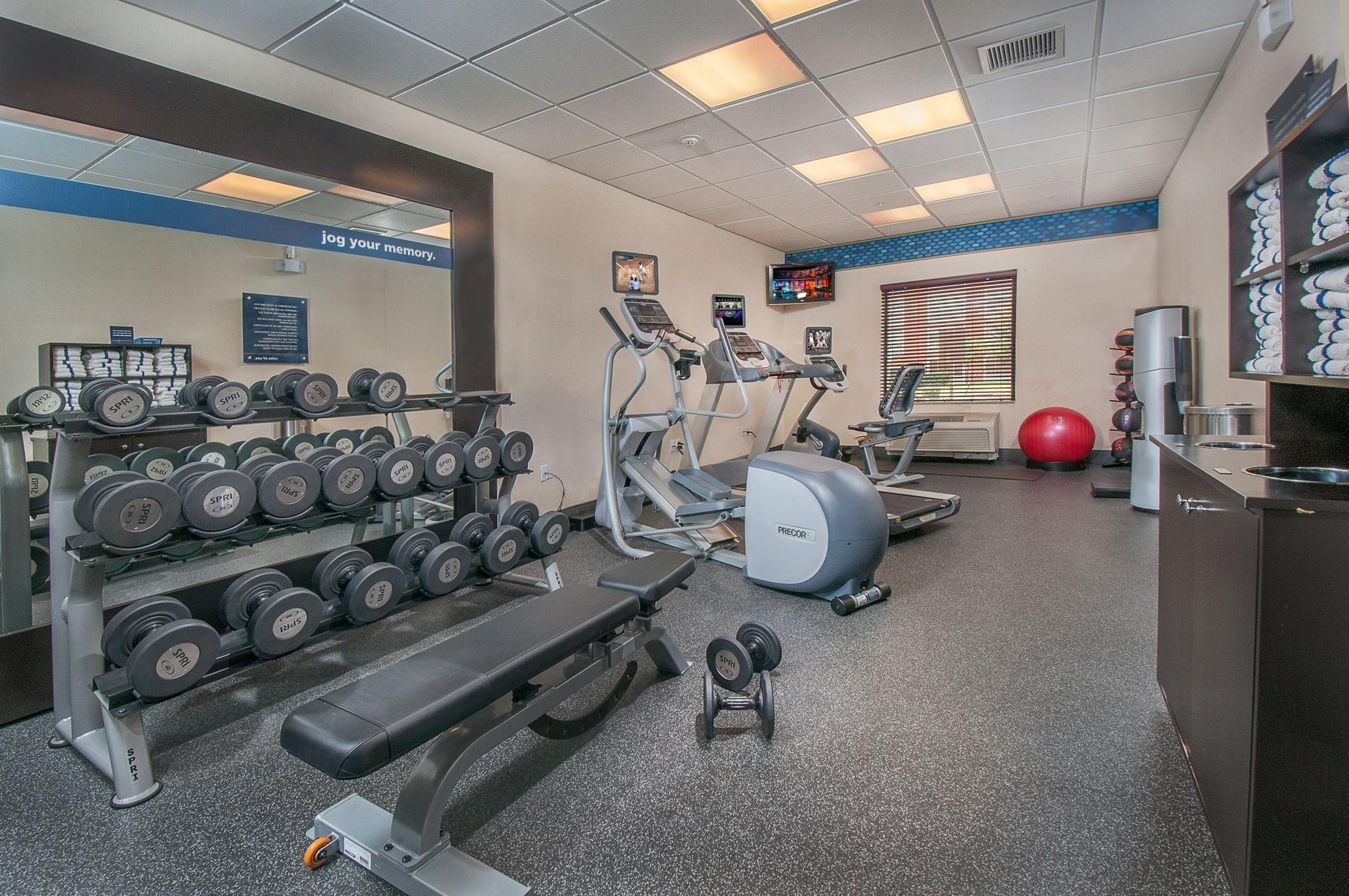 Hampton Inn & Suites San Antonio-Airport image 17
