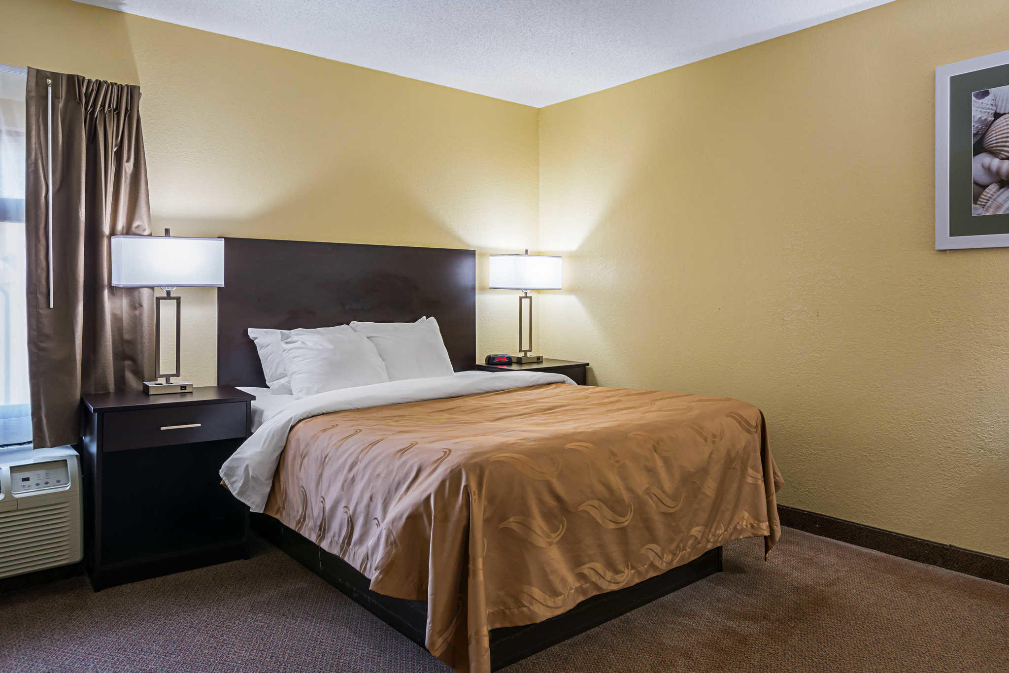 Quality Inn & Suites Greensburg I-74 image 17