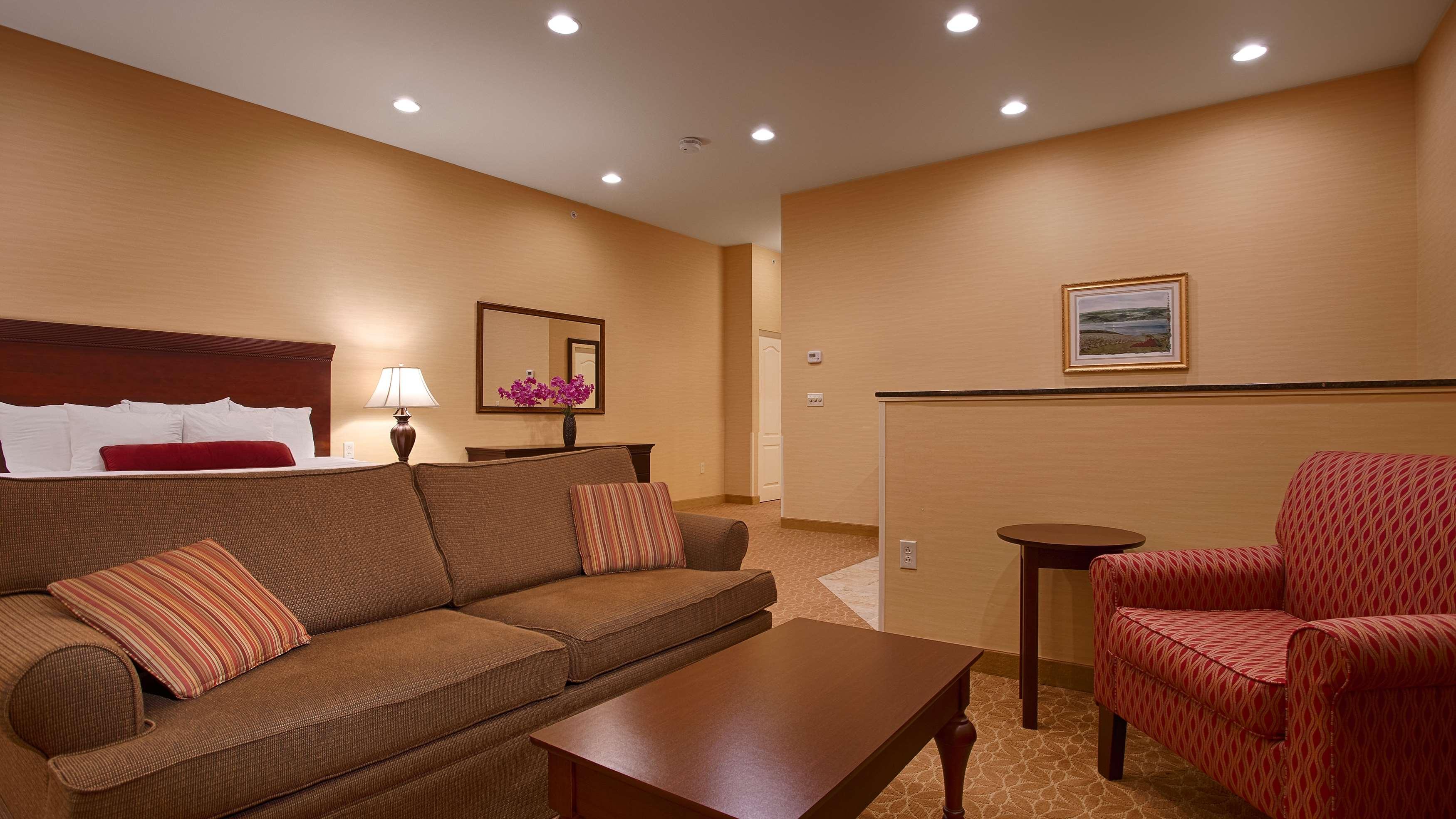 Best Western Plus Vineyard Inn & Suites image 8