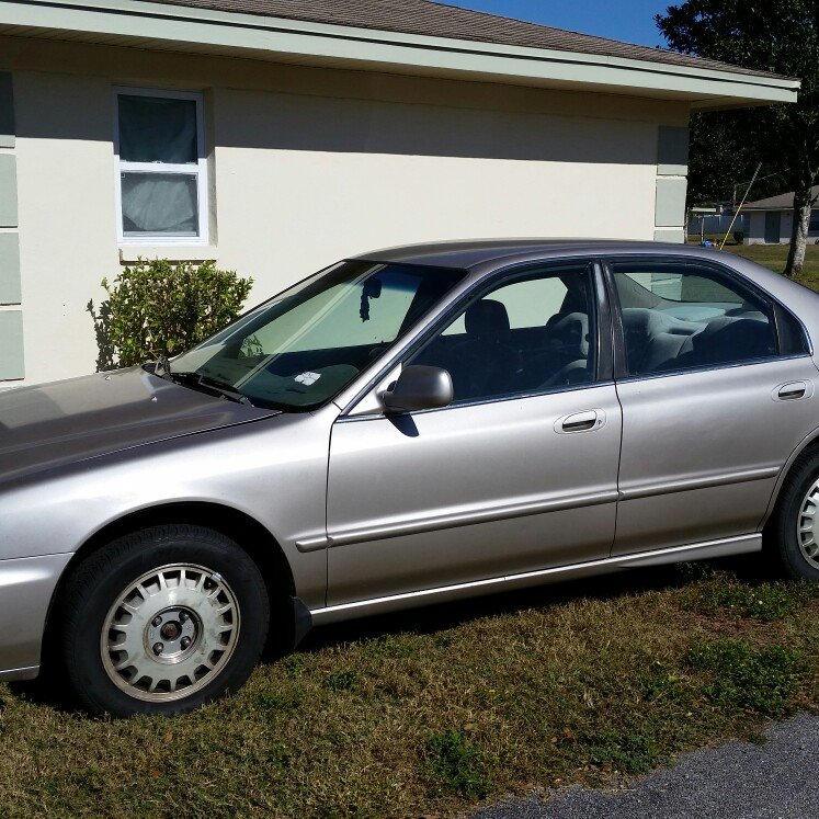 1996 Honda Accord. Tampa Wrecker Services is a Florida Junk Cars affilliate. We Buy Junk Cars, Trucks, buses, vans. pickups and heavy trucks, you name it, we pi