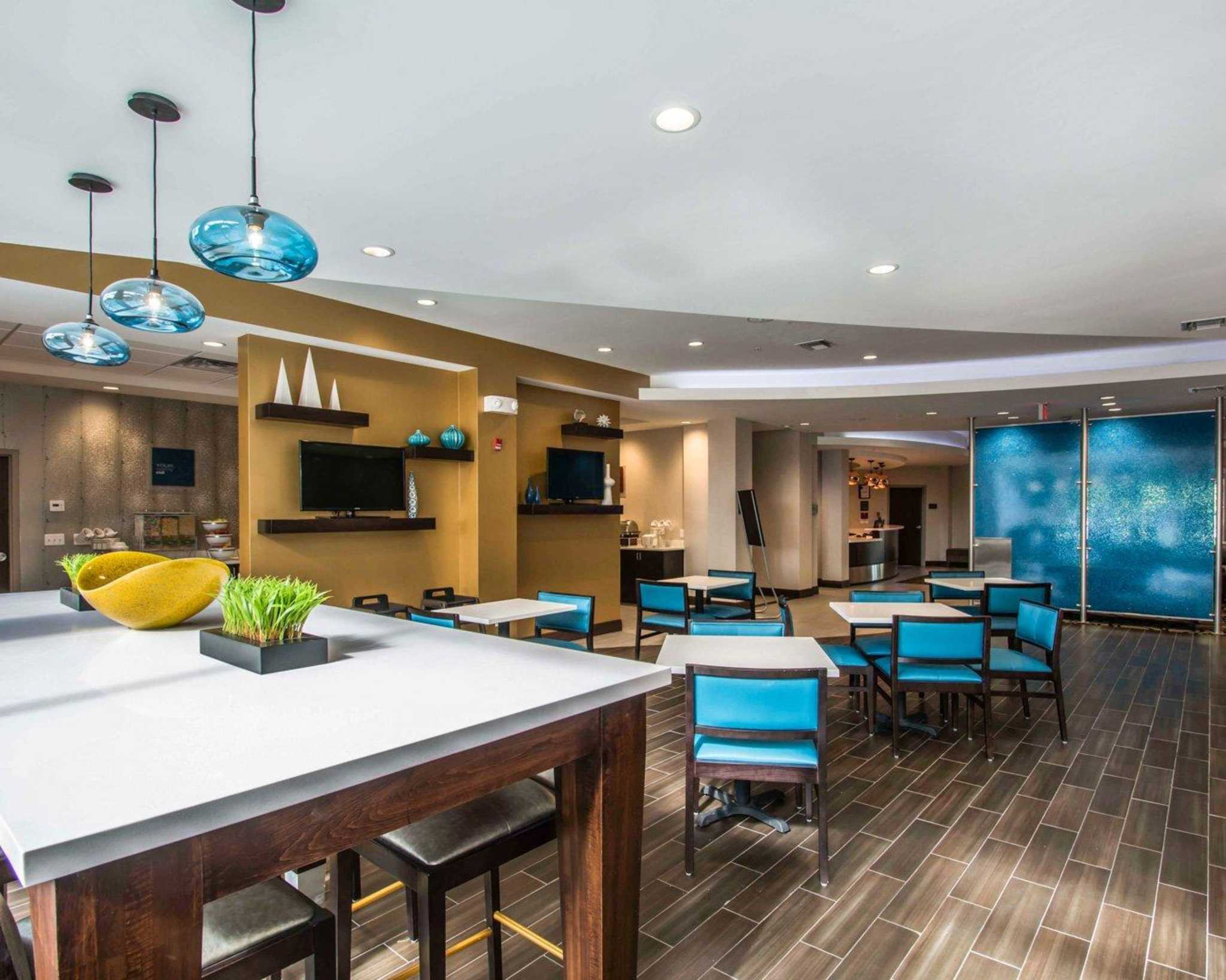 Comfort Suites Fort Lauderdale Airport South & Cruise Port image 38