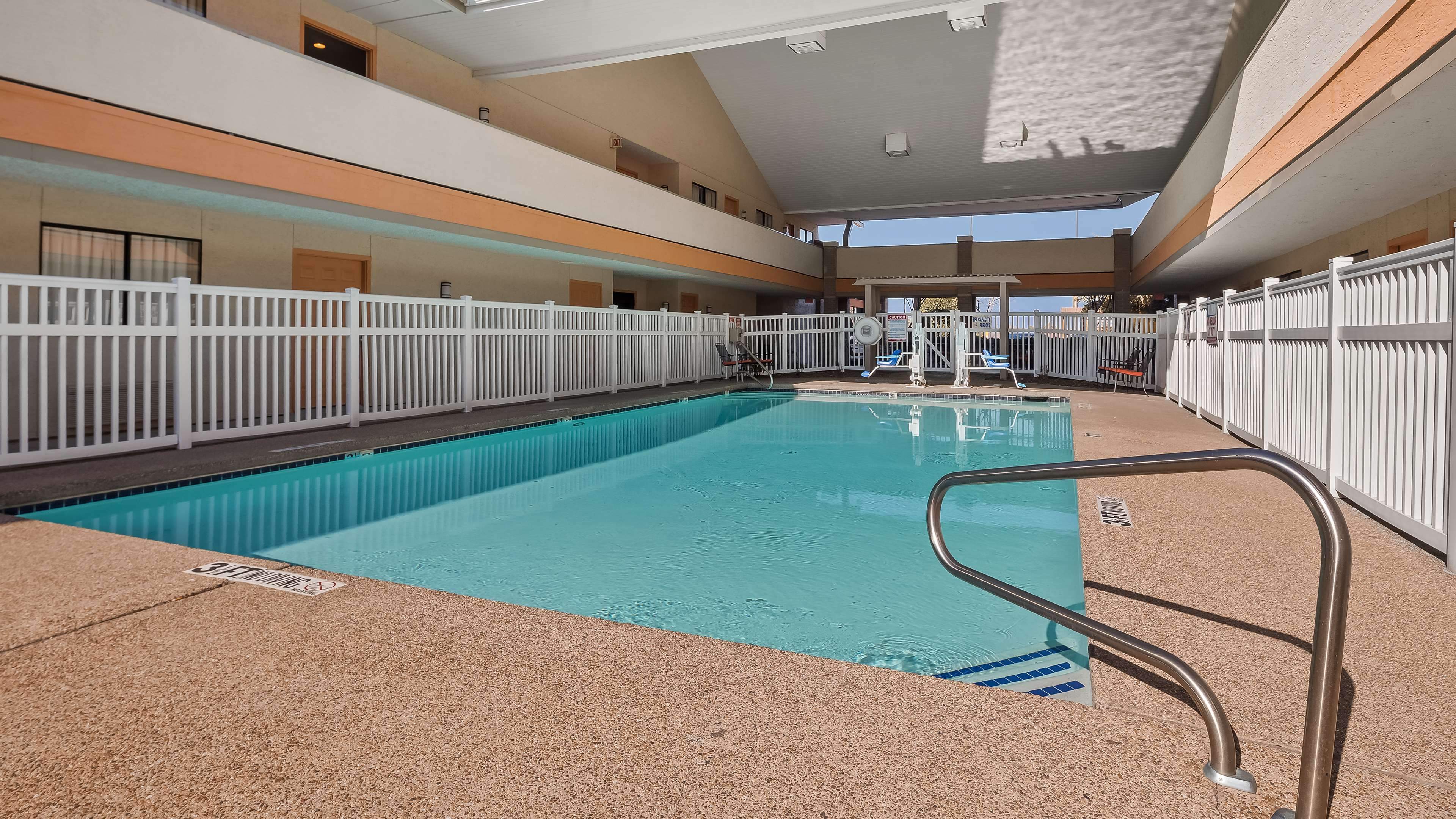 Best Western Irving Inn & Suites at DFW Airport image 9