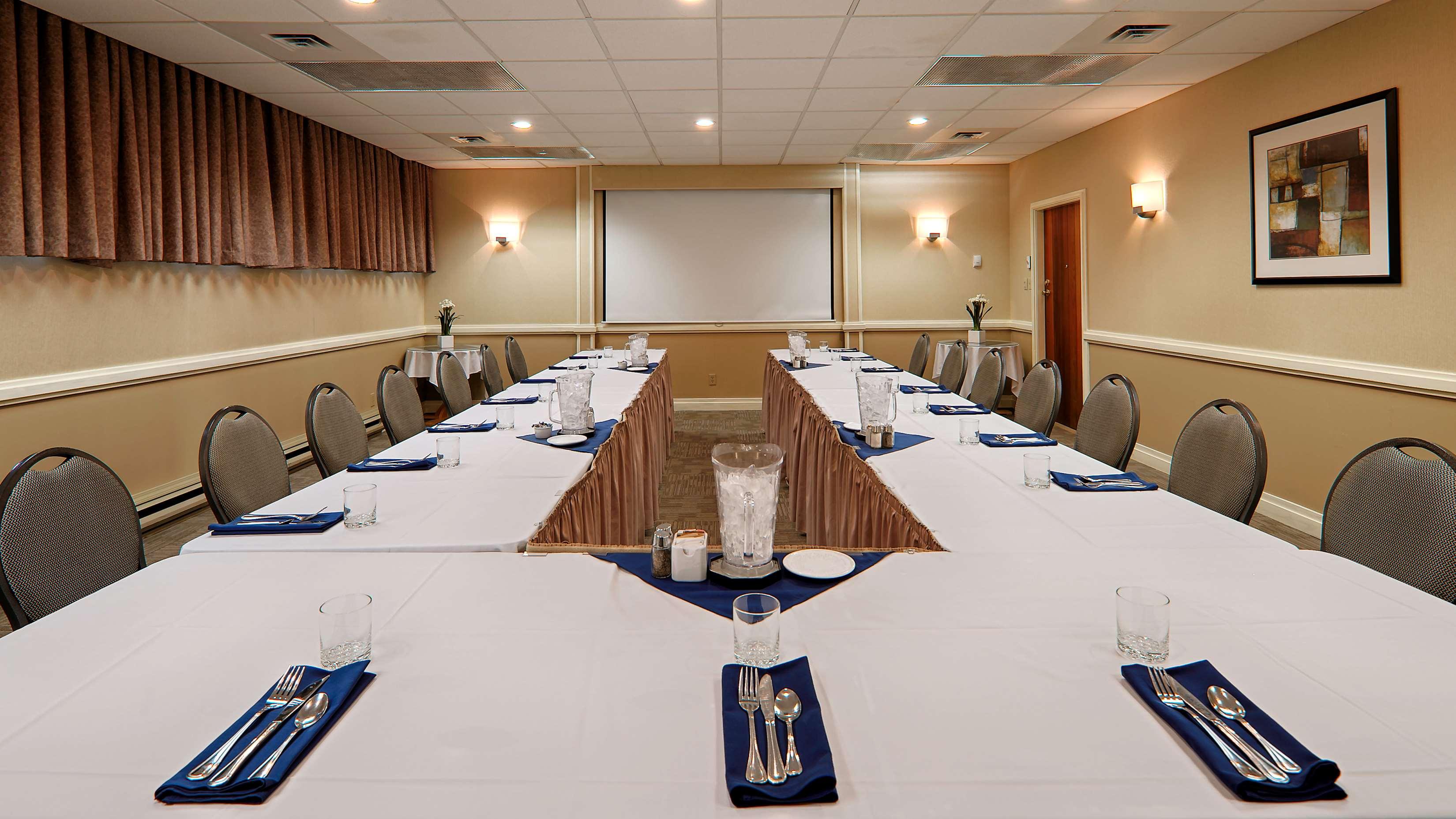 Best Western Cowichan Valley Inn in Duncan: Meeting Room