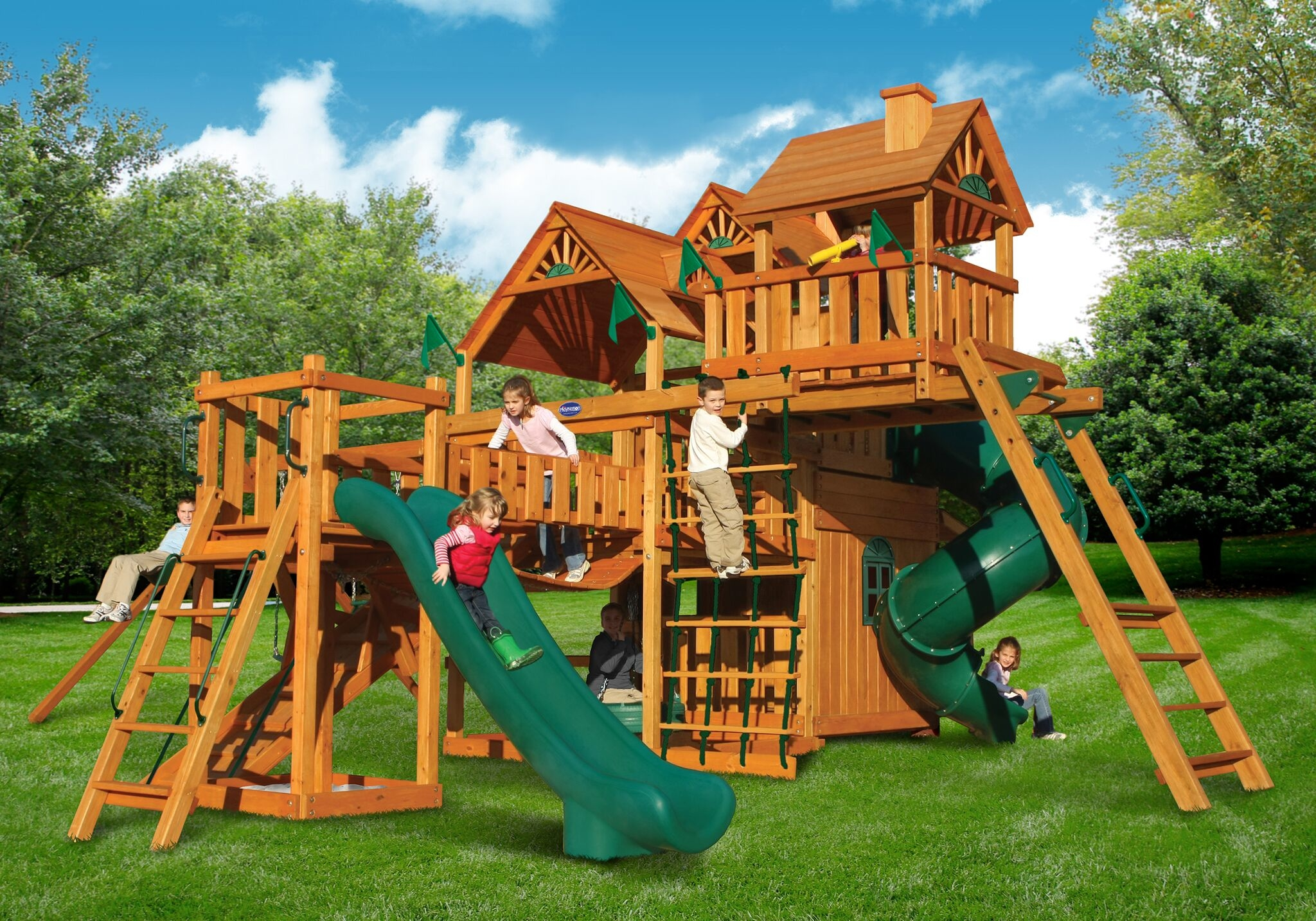 Outdoor Living and Play image 13