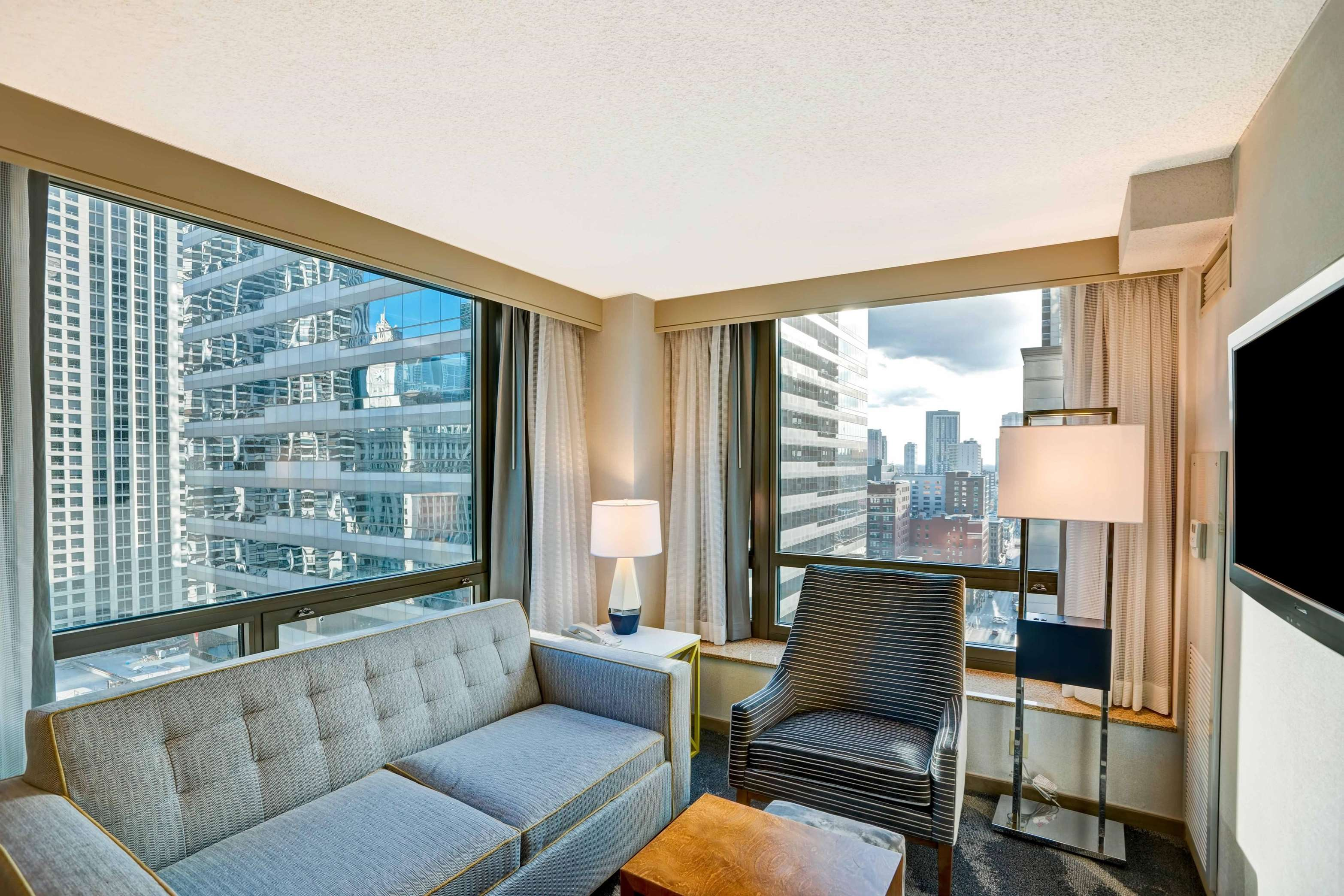 Homewood Suites by Hilton Chicago-Downtown image 38