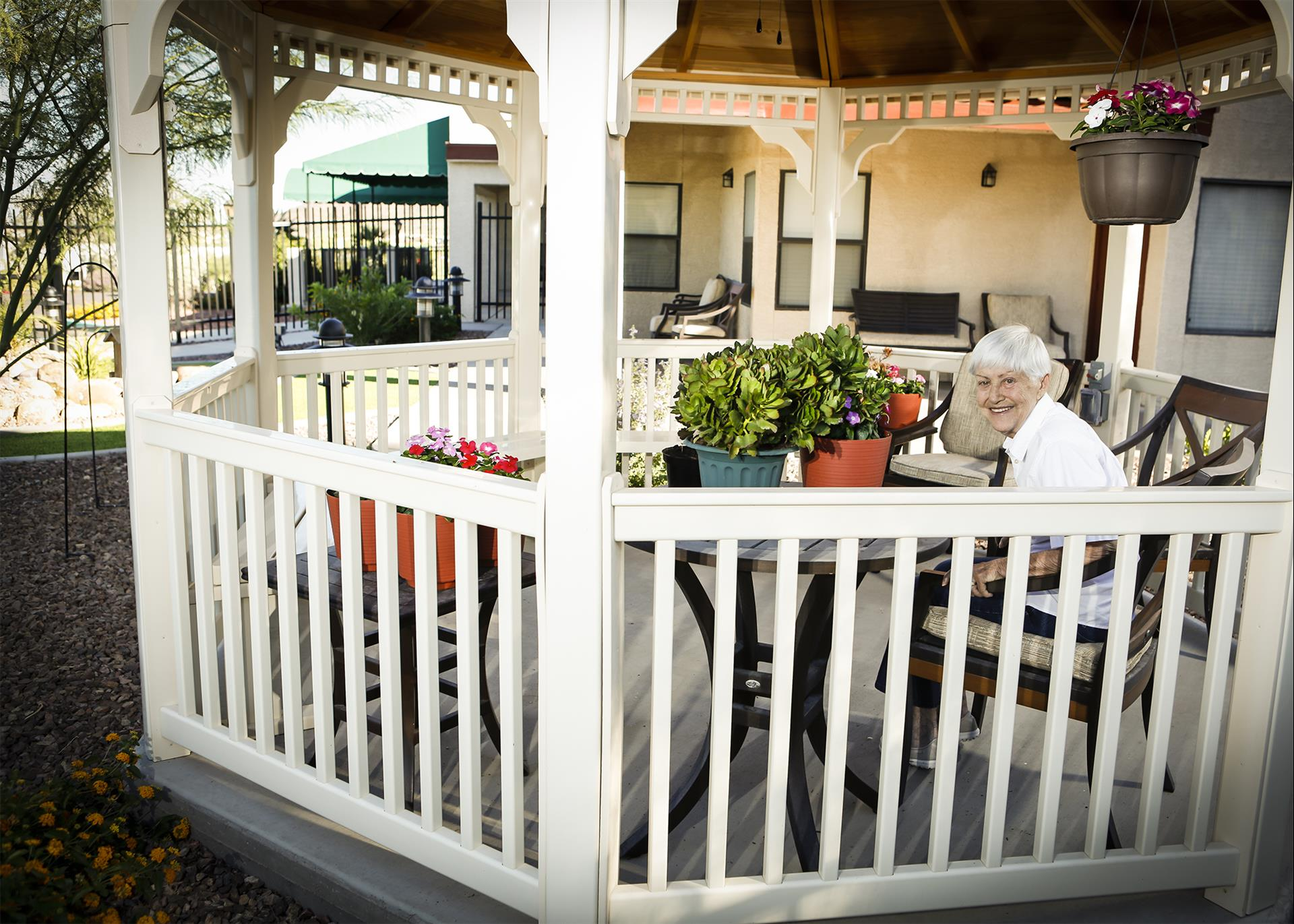 Bethesda Gardens Assisted Living And Memory Care Phoenix At 13825 N Cave Creek Rd Phoenix Az