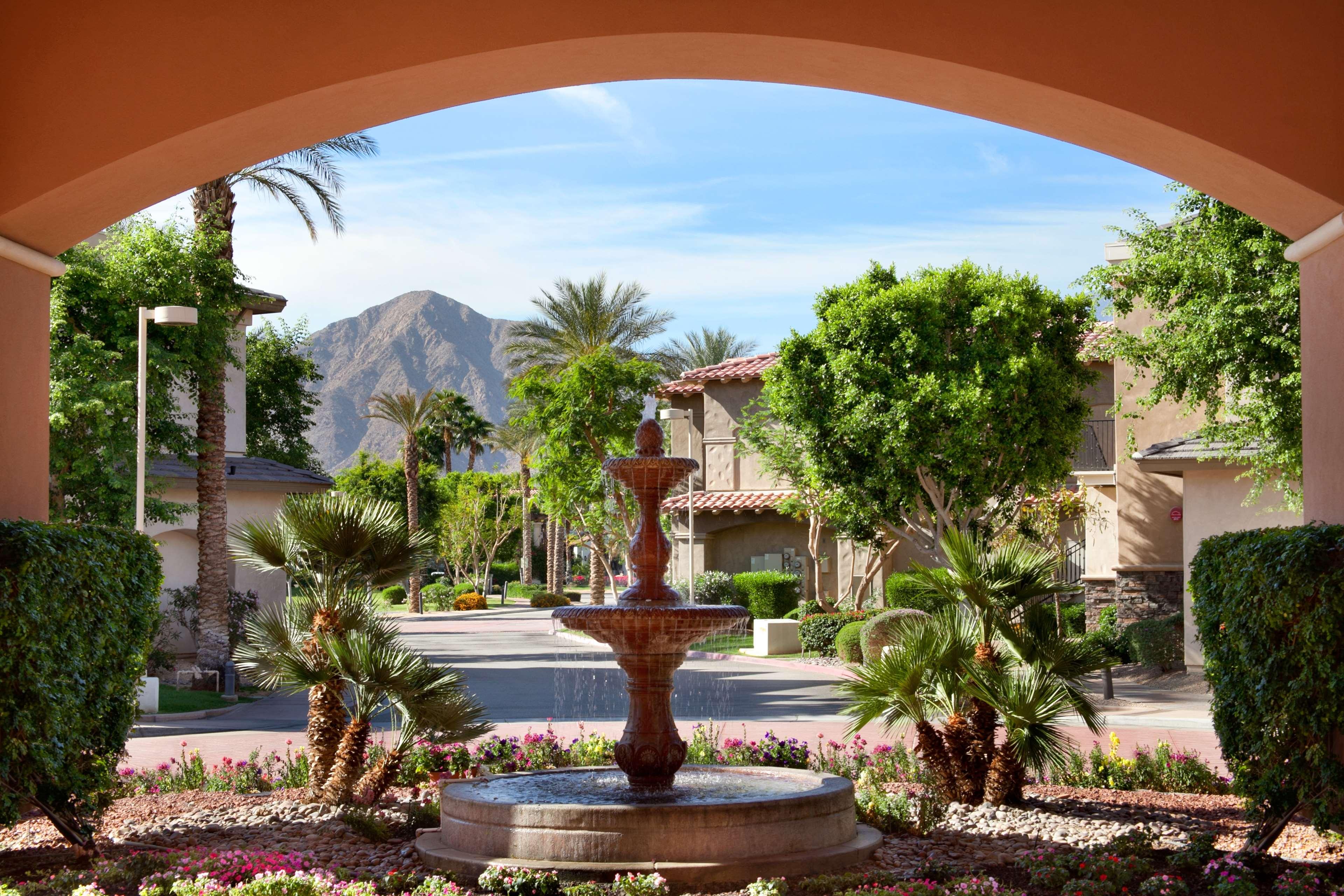 Embassy Suites by Hilton La Quinta Hotel & Spa image 5