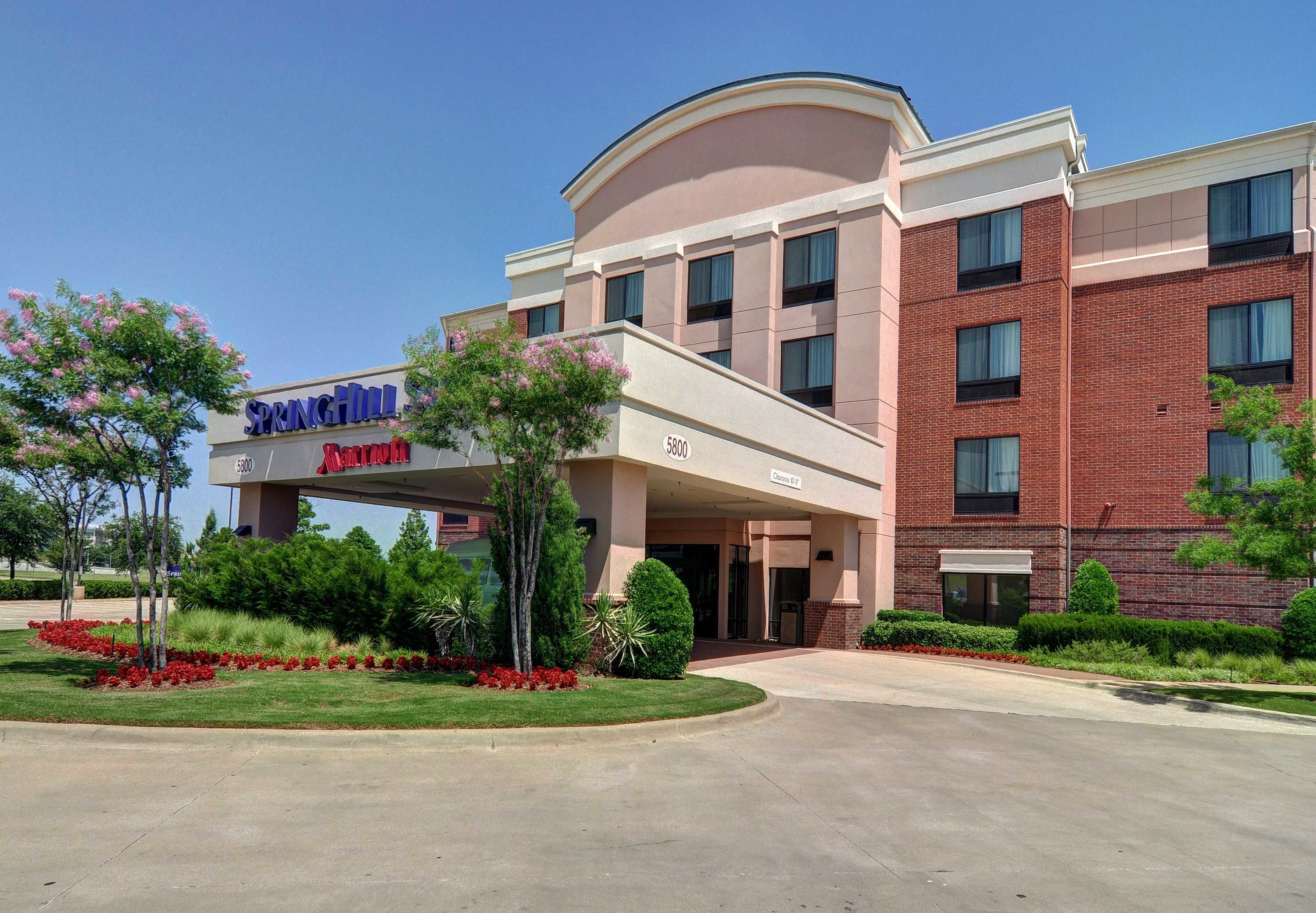 Springhill suites by marriott dallas dfw airport east las for Irving hotel chicago