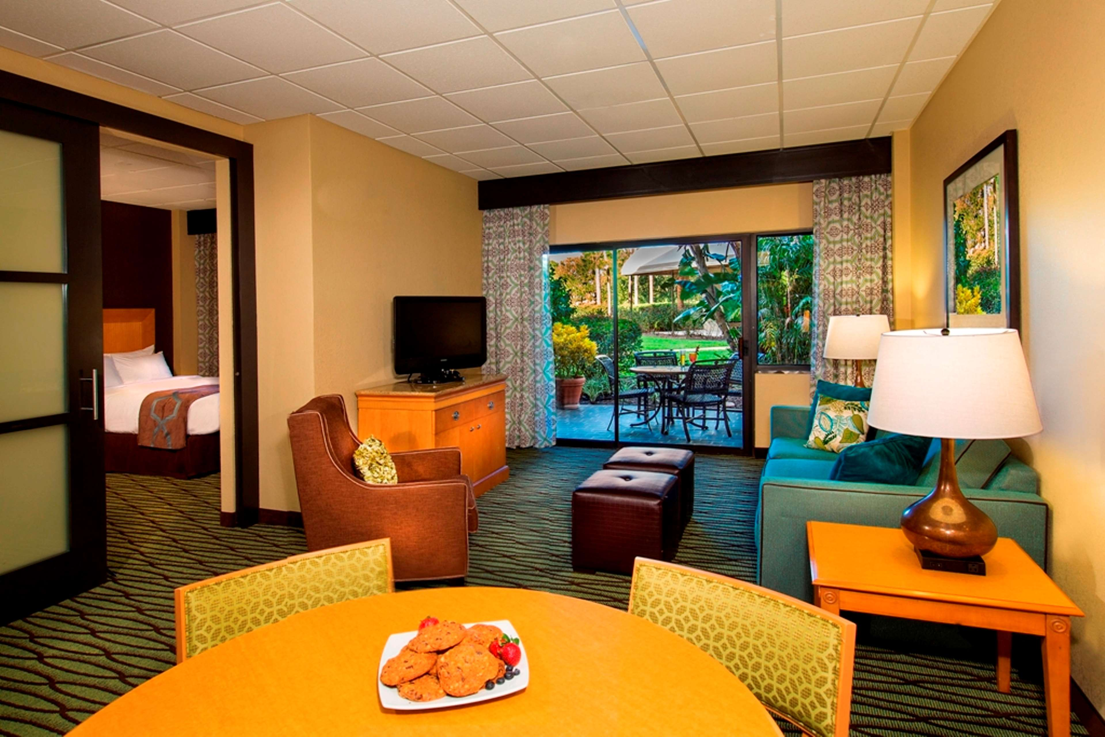 Doubletree Suites By Hilton Orlando Disney Springs Area