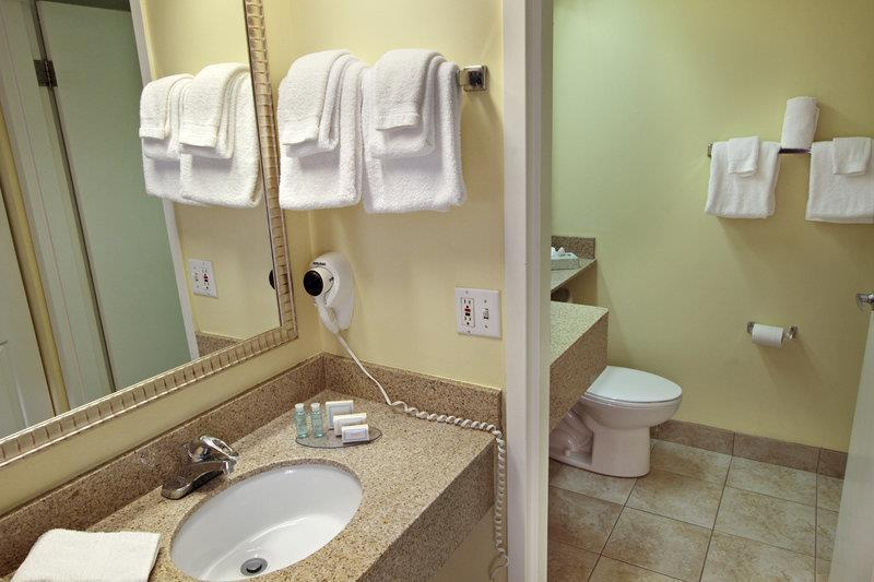 Best Western Cocoa Beach Hotel & Suites image 38