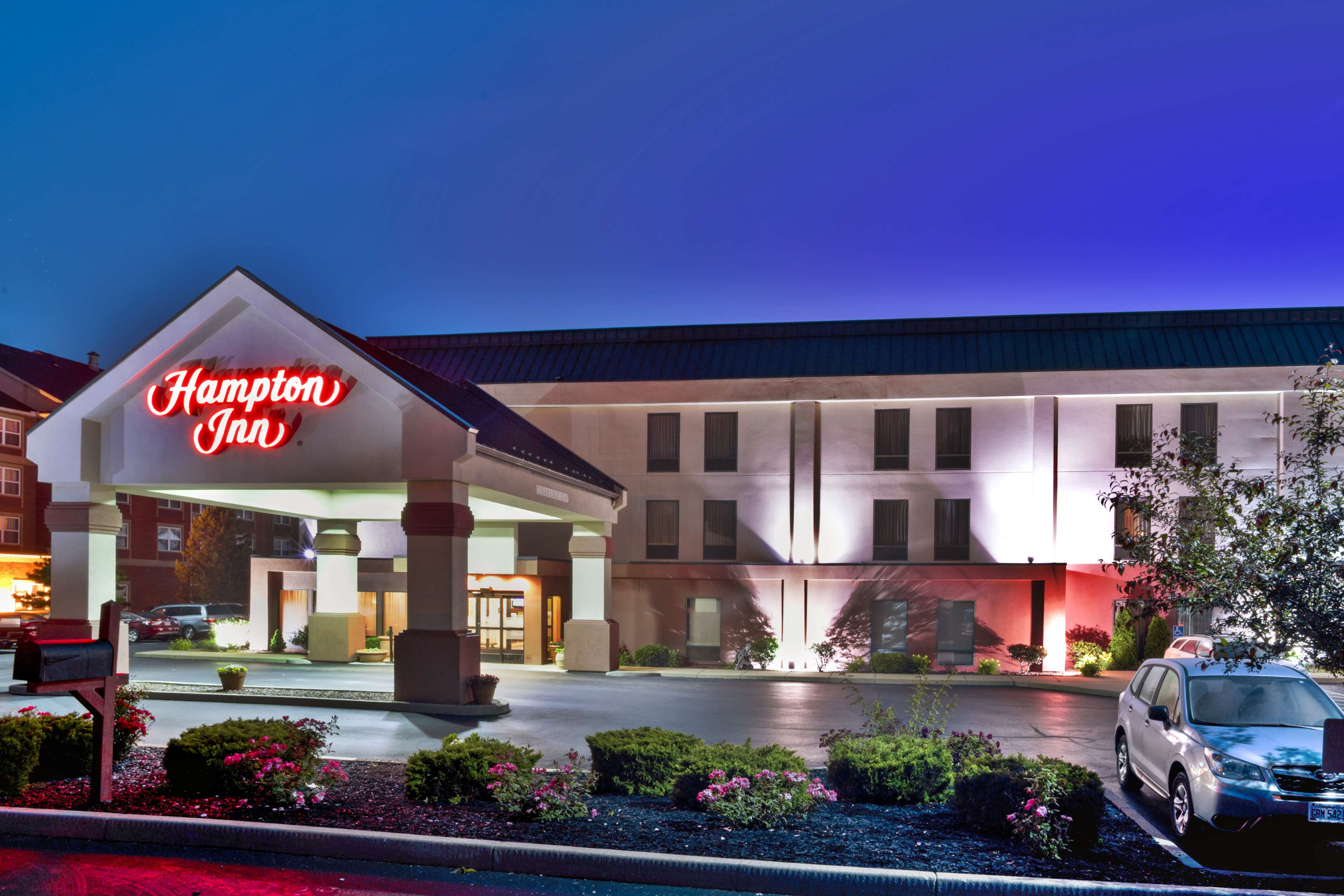 Hampton Inn Cincinnati Airport-North image 2
