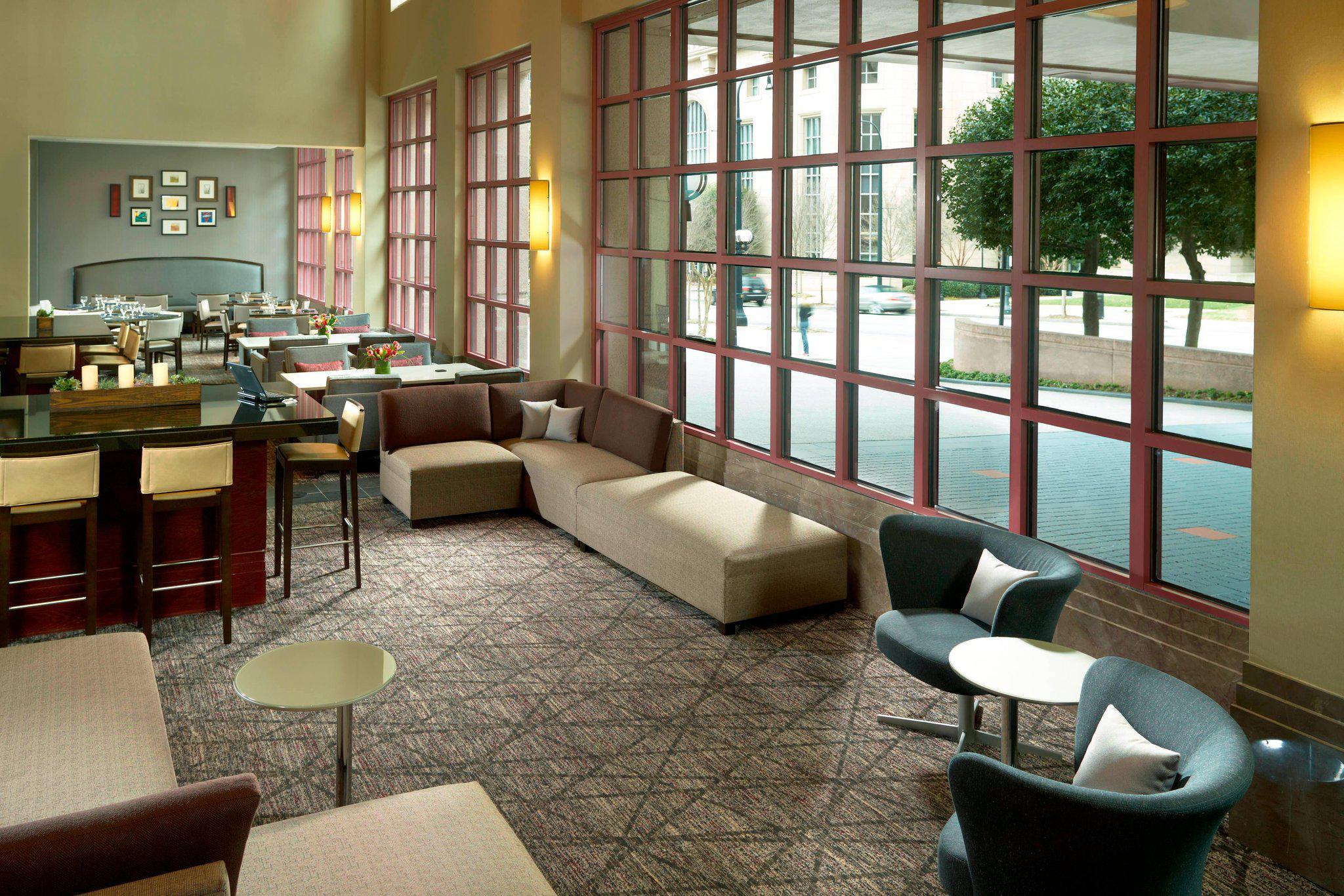 Atlanta Marriott Suites Midtown