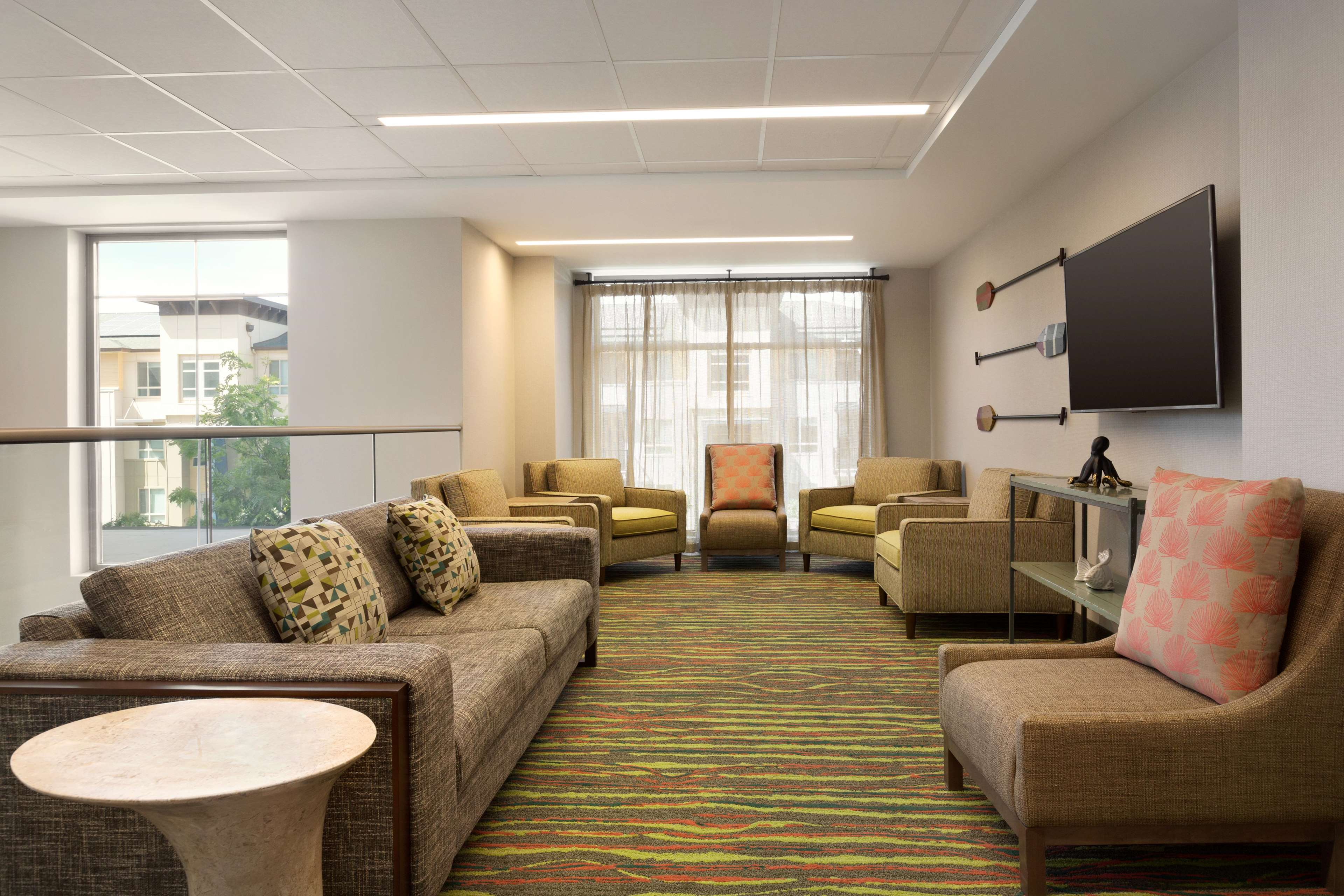 Embassy Suites by Hilton Oahu Kapolei image 7