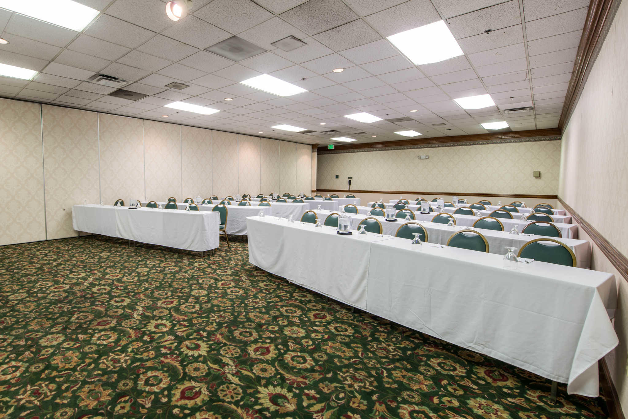 Clarion Hotel Anaheim Resort image 24