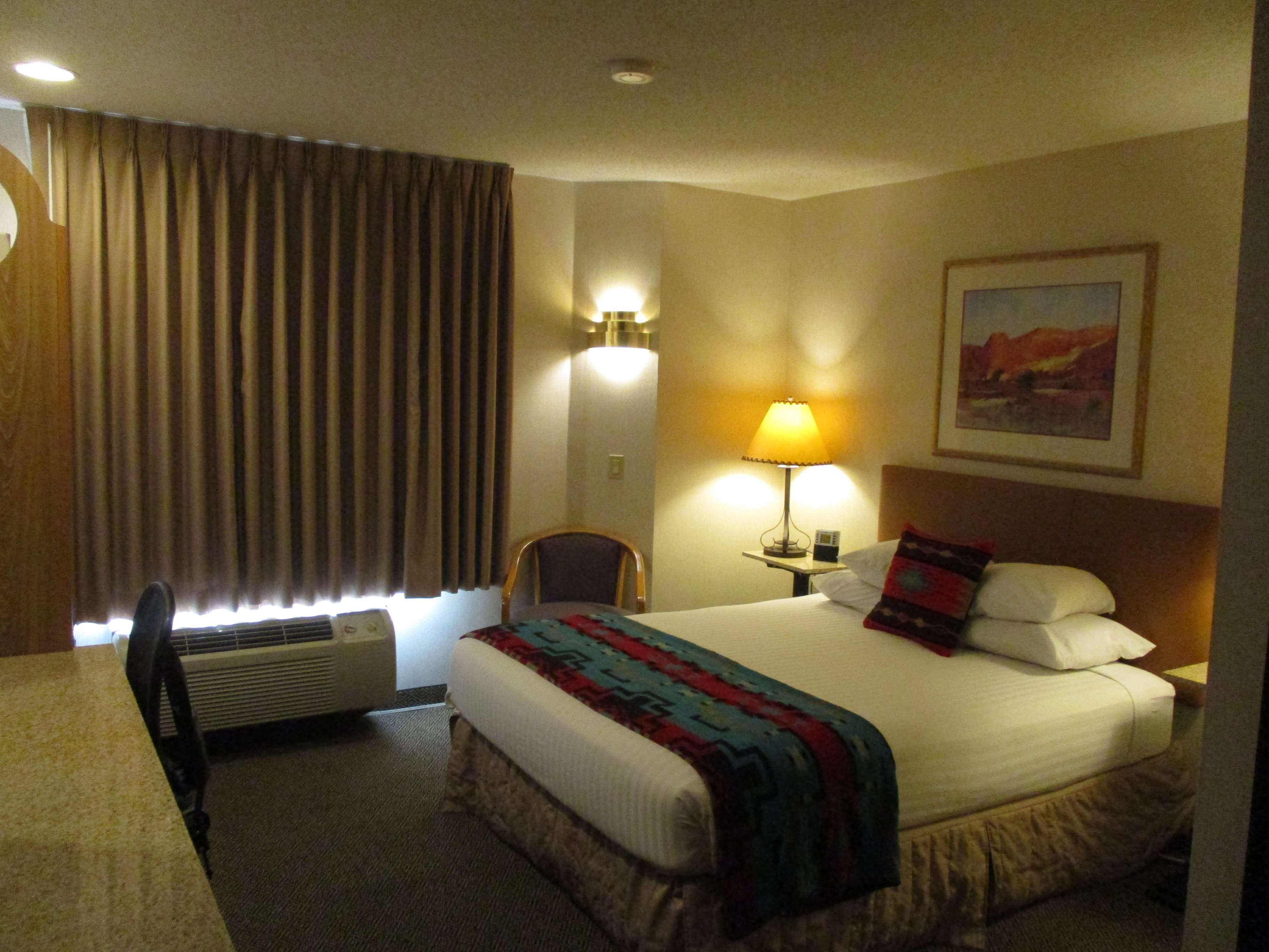 SureStay Collection by Best Western Inn at Santa Fe image 15