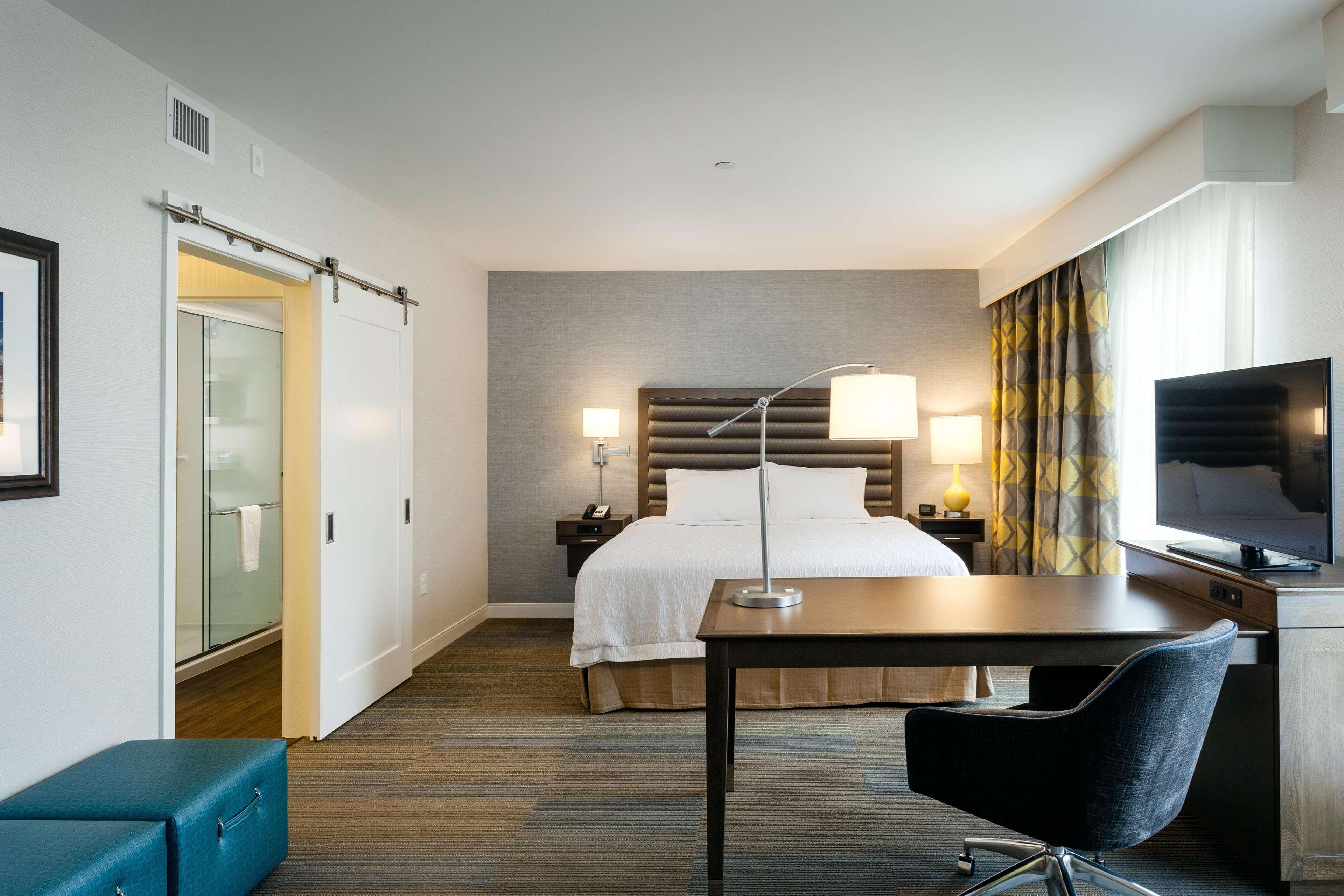 Hampton Inn & Suites by Hilton Seattle/Northgate image 22