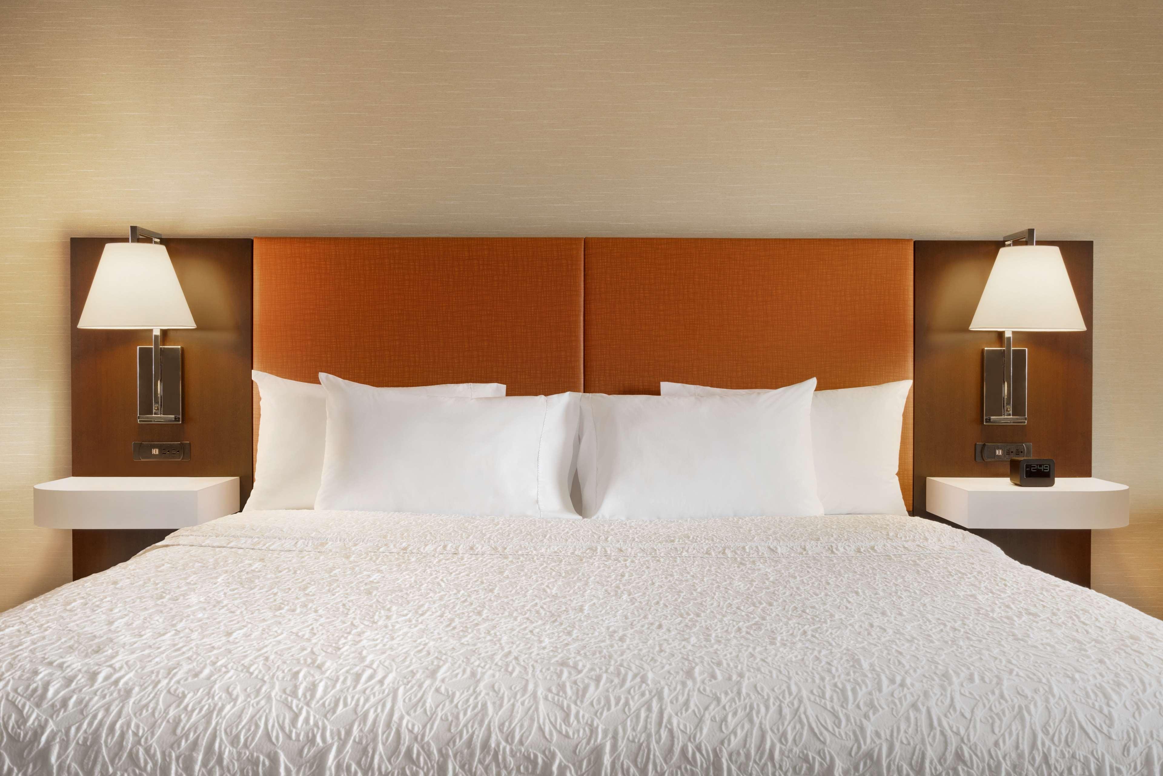 Hampton Inn & Suites Ephrata - Mountain Springs image 23
