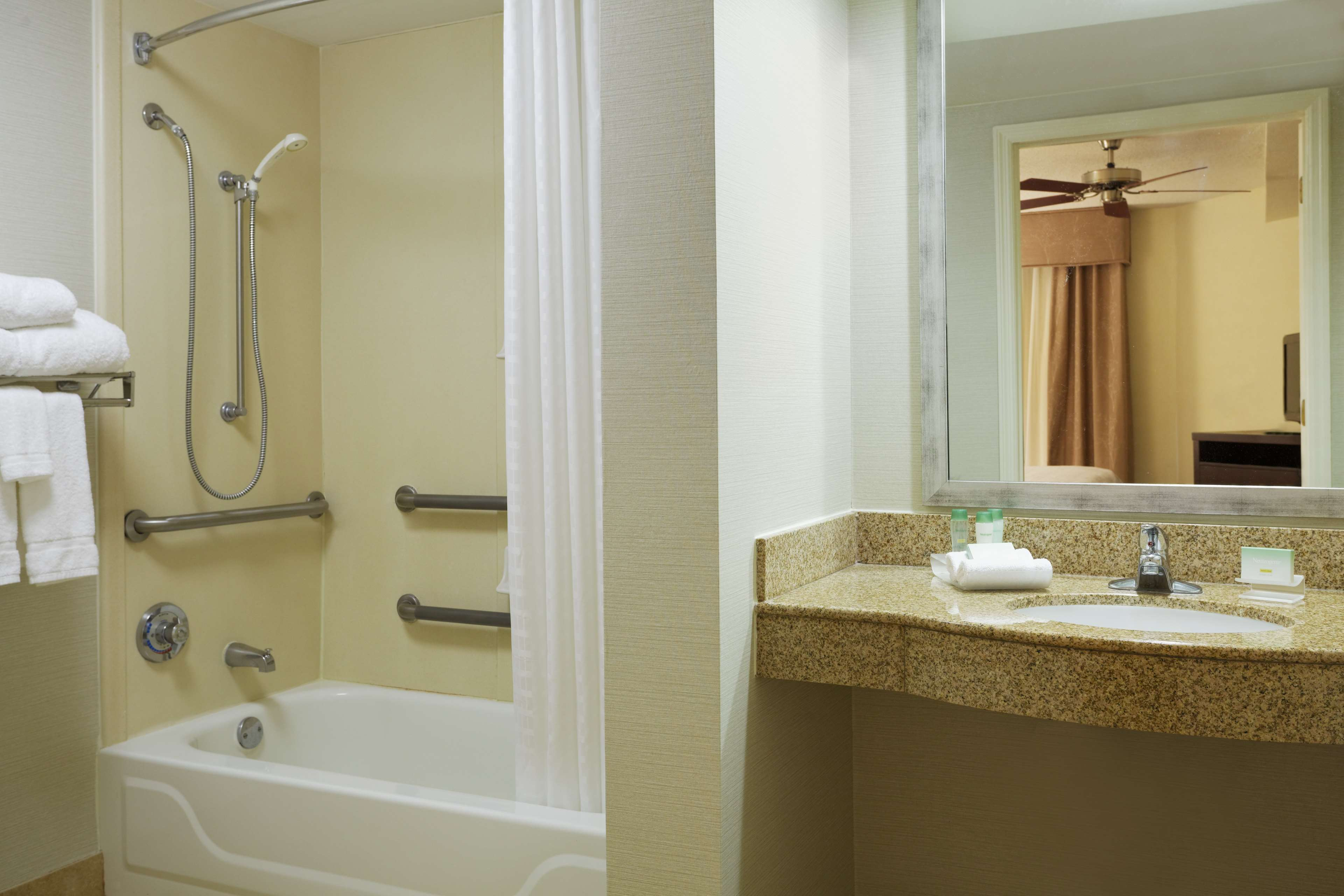 Homewood Suites by Hilton Raleigh-Durham AP/Research Triangle image 9