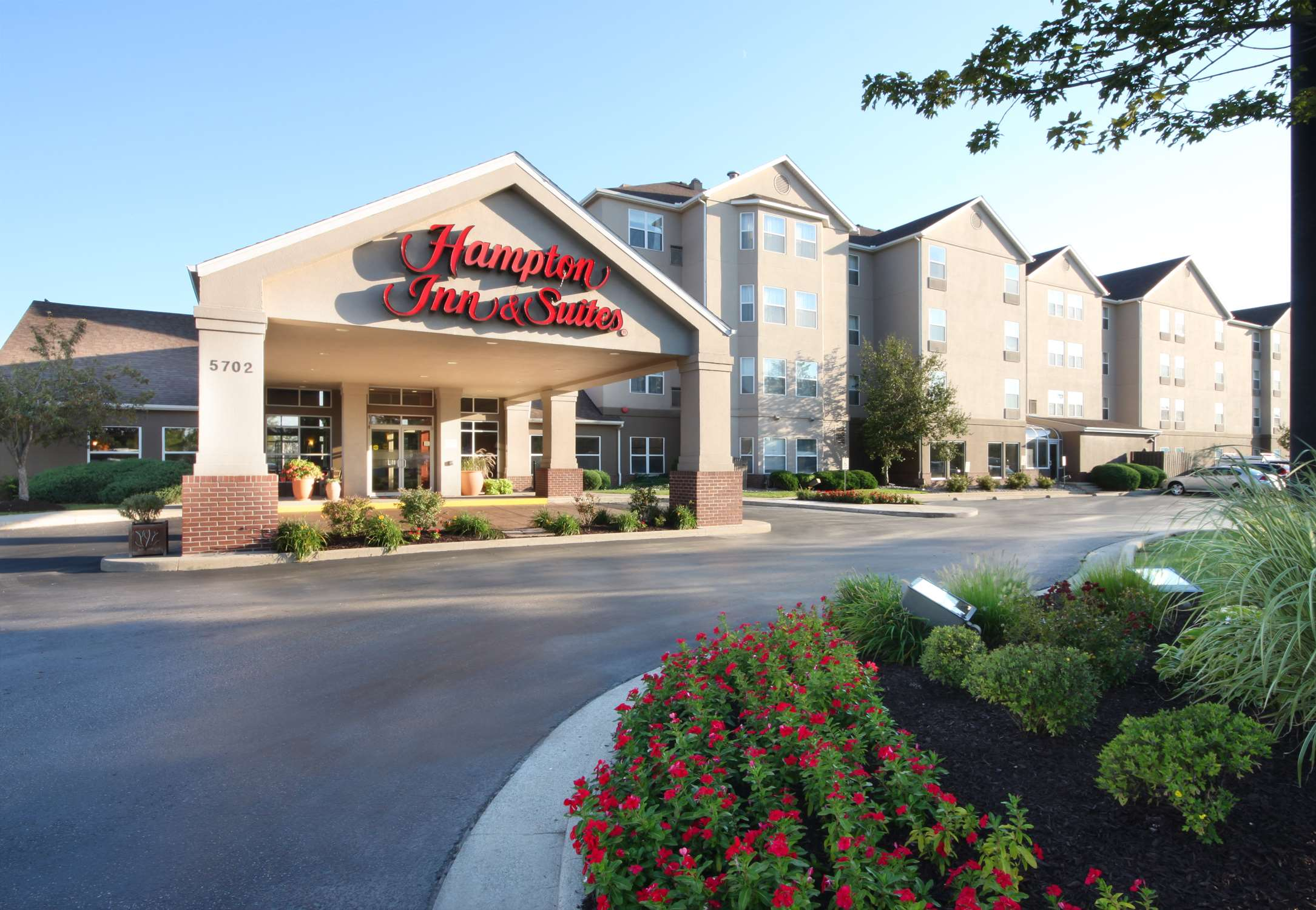 Hampton Inn & Suites Ft. Wayne-North image 0