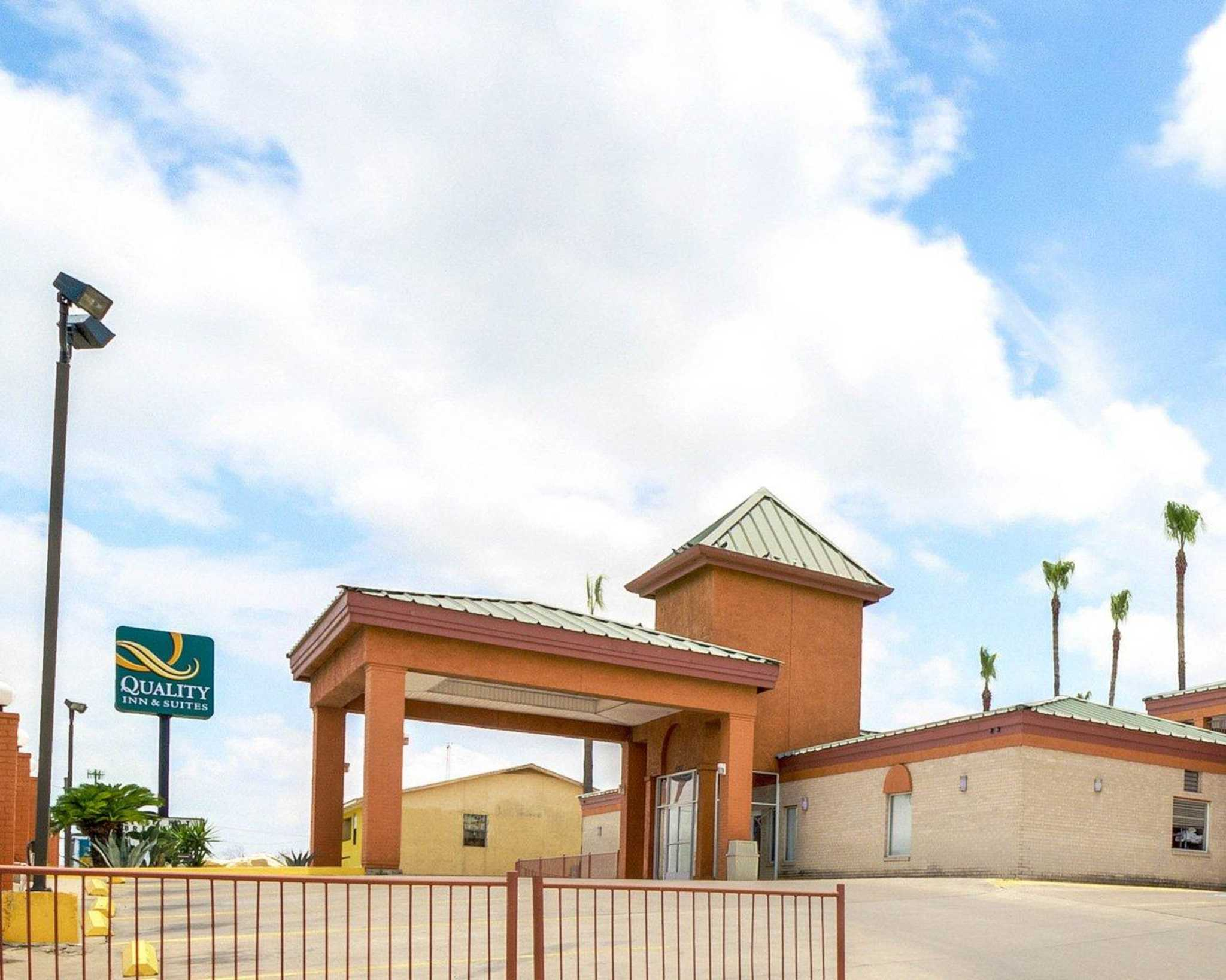 Quality Inn & Suites Eagle Pass image 0