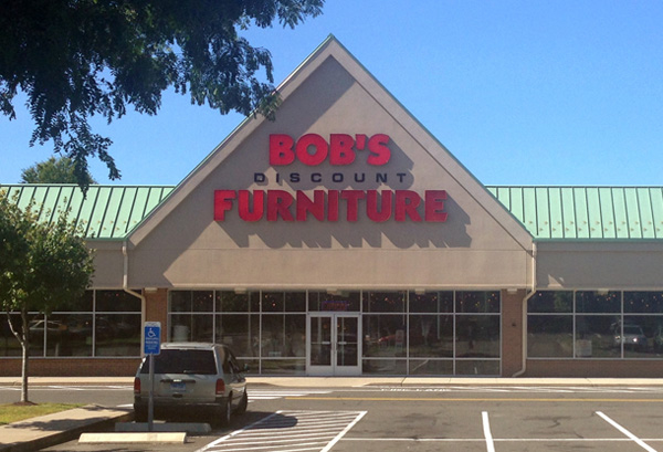 Bob 39 s discount furniture in bridgeport ct 203 337 5 for Affordable furniture lafayette la
