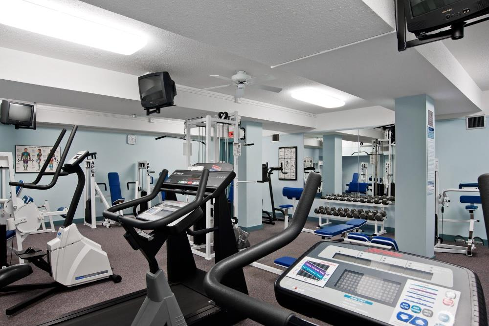 Best Western Plus Barclay Hotel in Port Alberni: Our fitness center allows you to keep up with your routine.