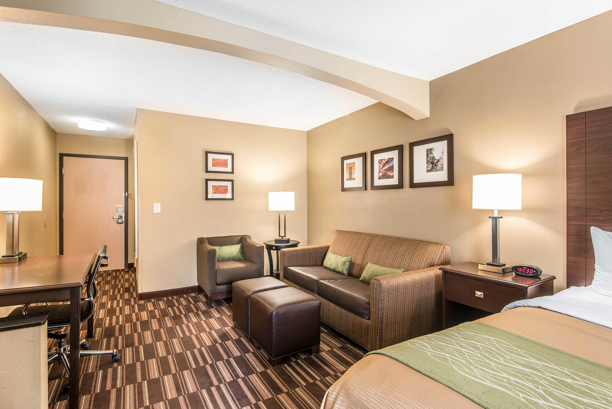 Comfort Inn & Suites Kansas City - Northeast image 21