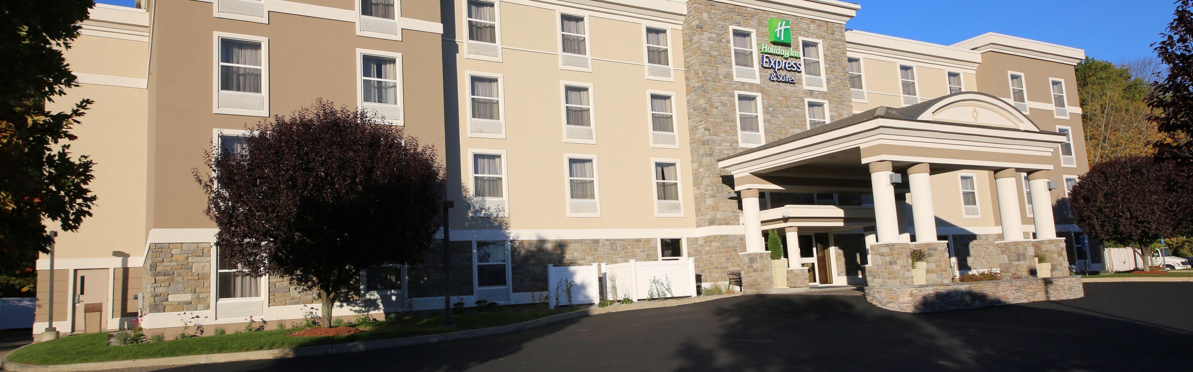 Holiday Inn Express & Suites Danbury - I-84 image 0