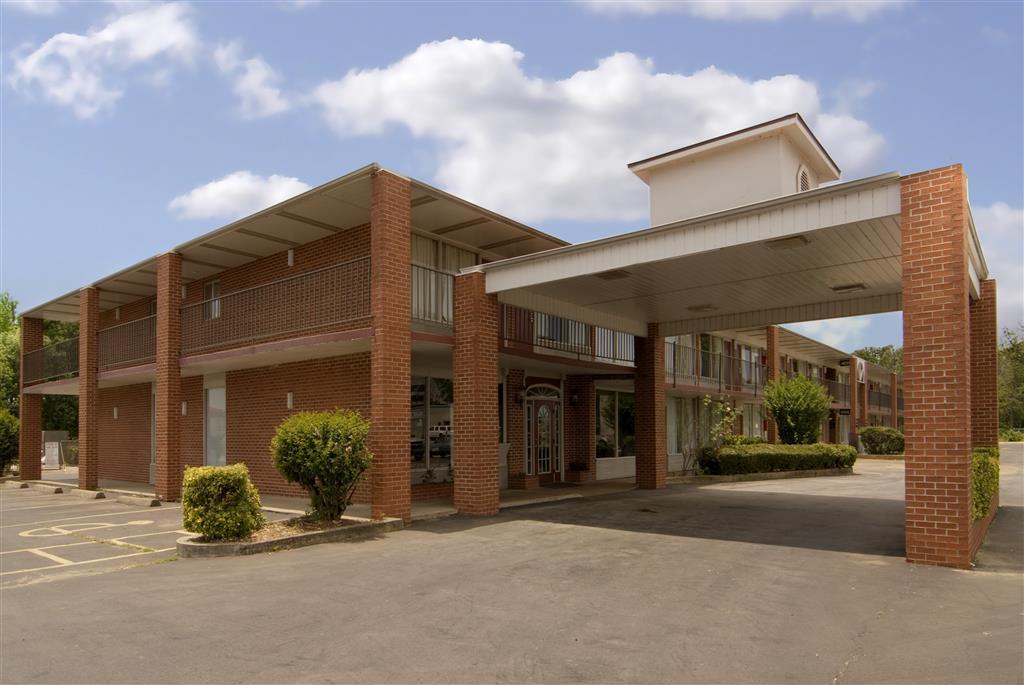 Americas Best Value Inn & Suites Searcy image 1