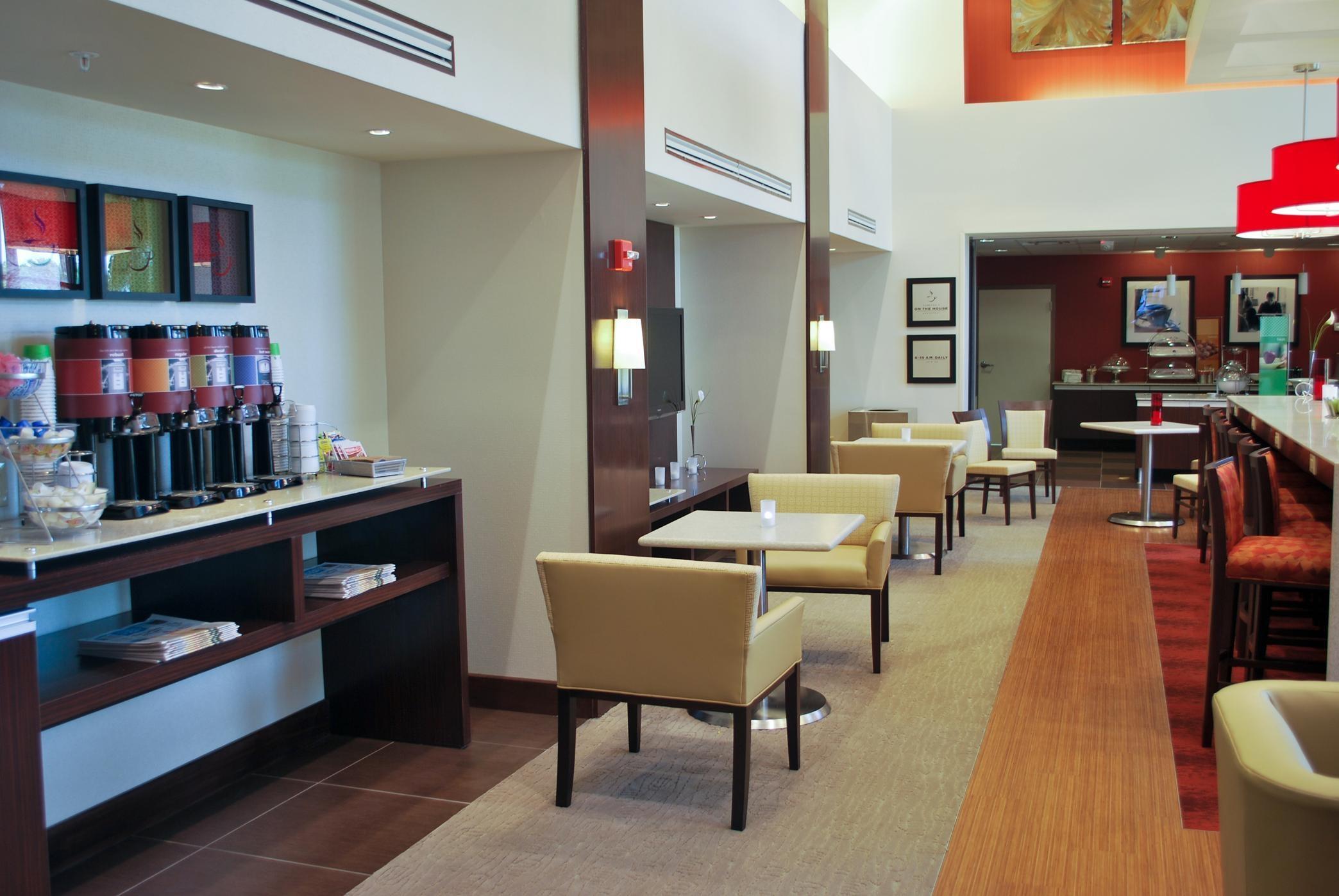 Hampton Inn & Suites Shreveport/South image 2