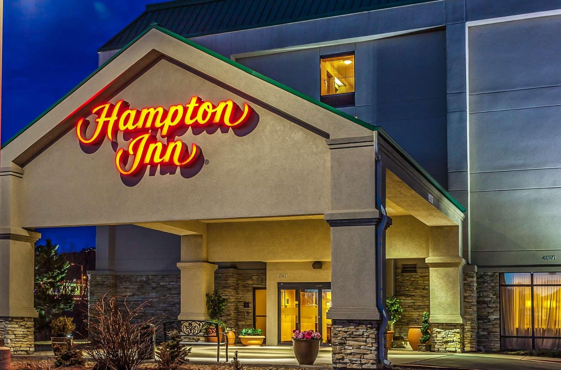 Hampton Inn Castle Rock image 0