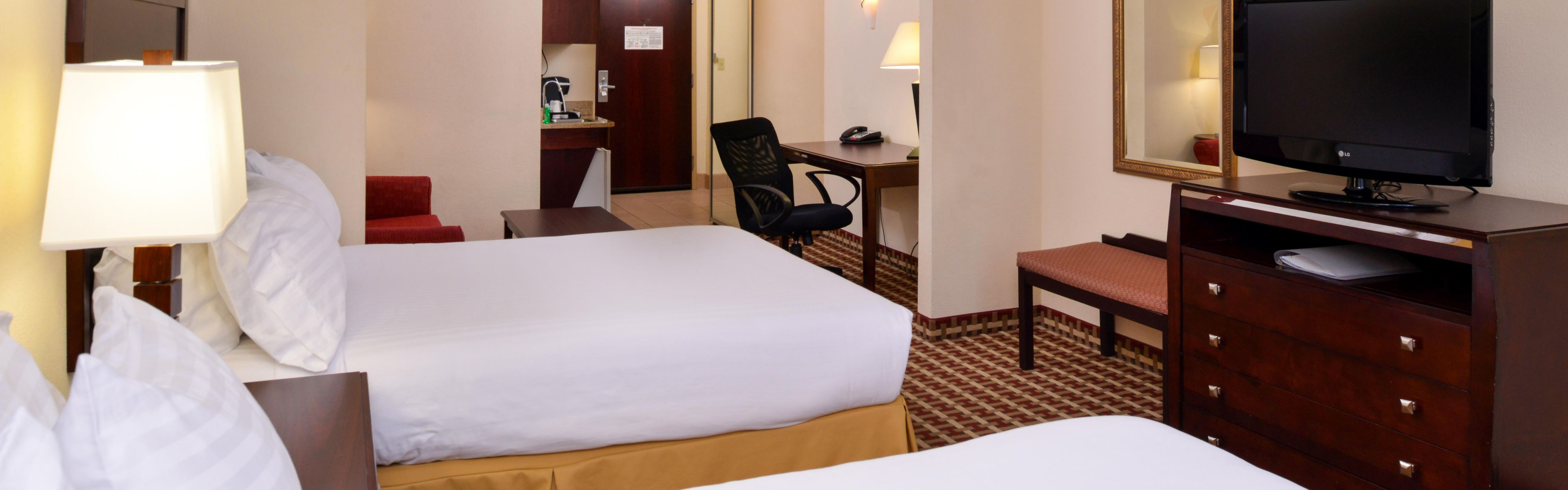 Holiday Inn Express & Suites White Haven - Poconos image 1