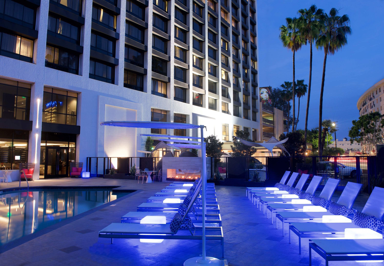 Beverly Hills Marriott image 16
