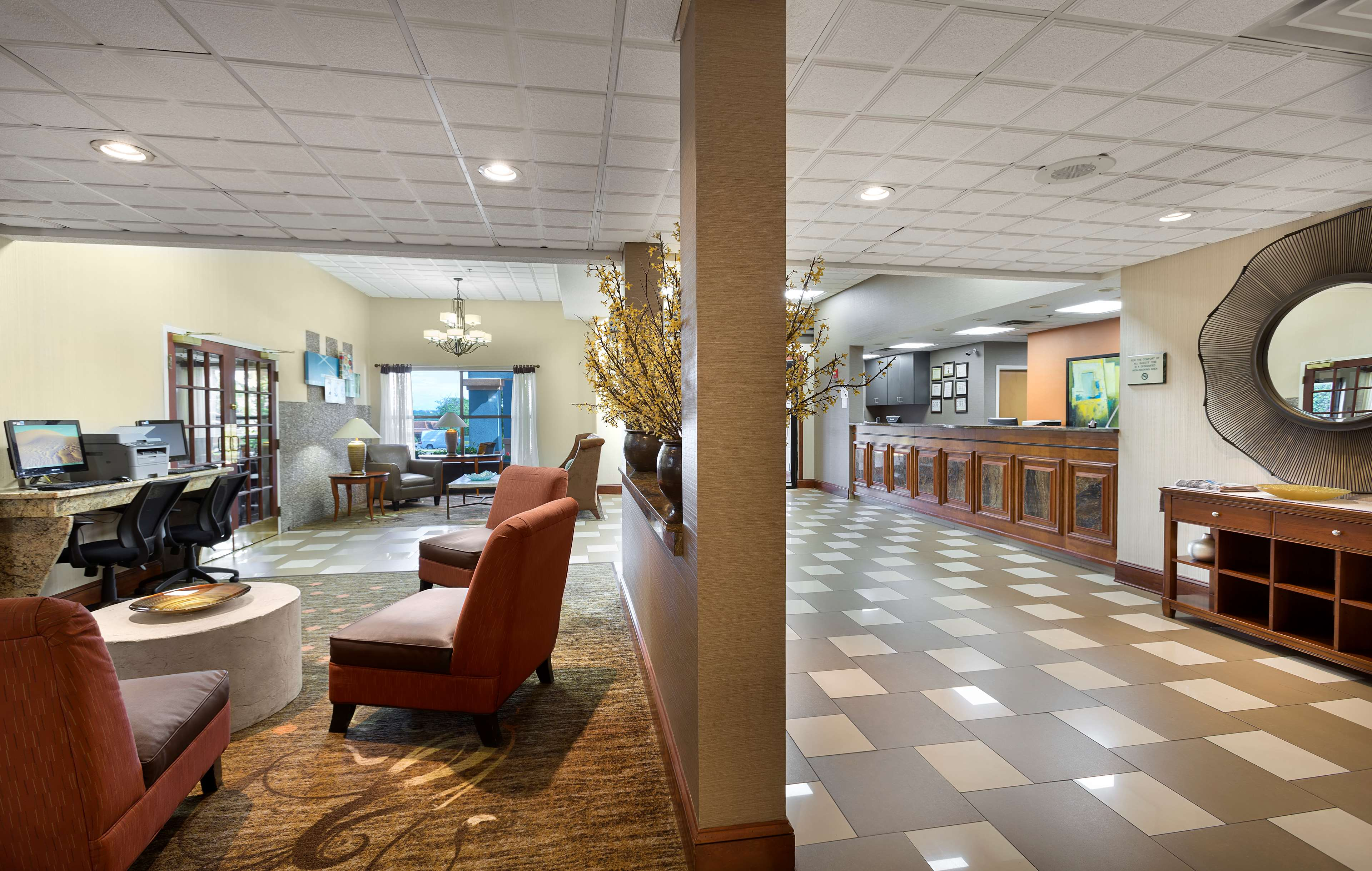 Best Western Plus Hotel & Suites Airport South image 4