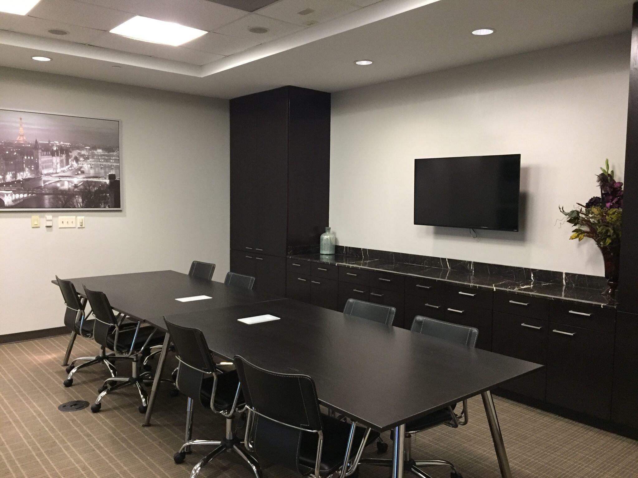 Executive Workspace image 4