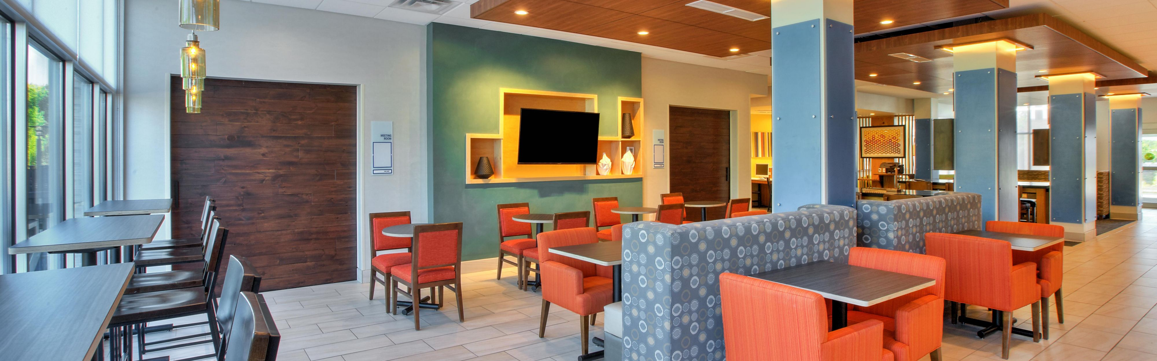 Holiday Inn Express New Castle image 3
