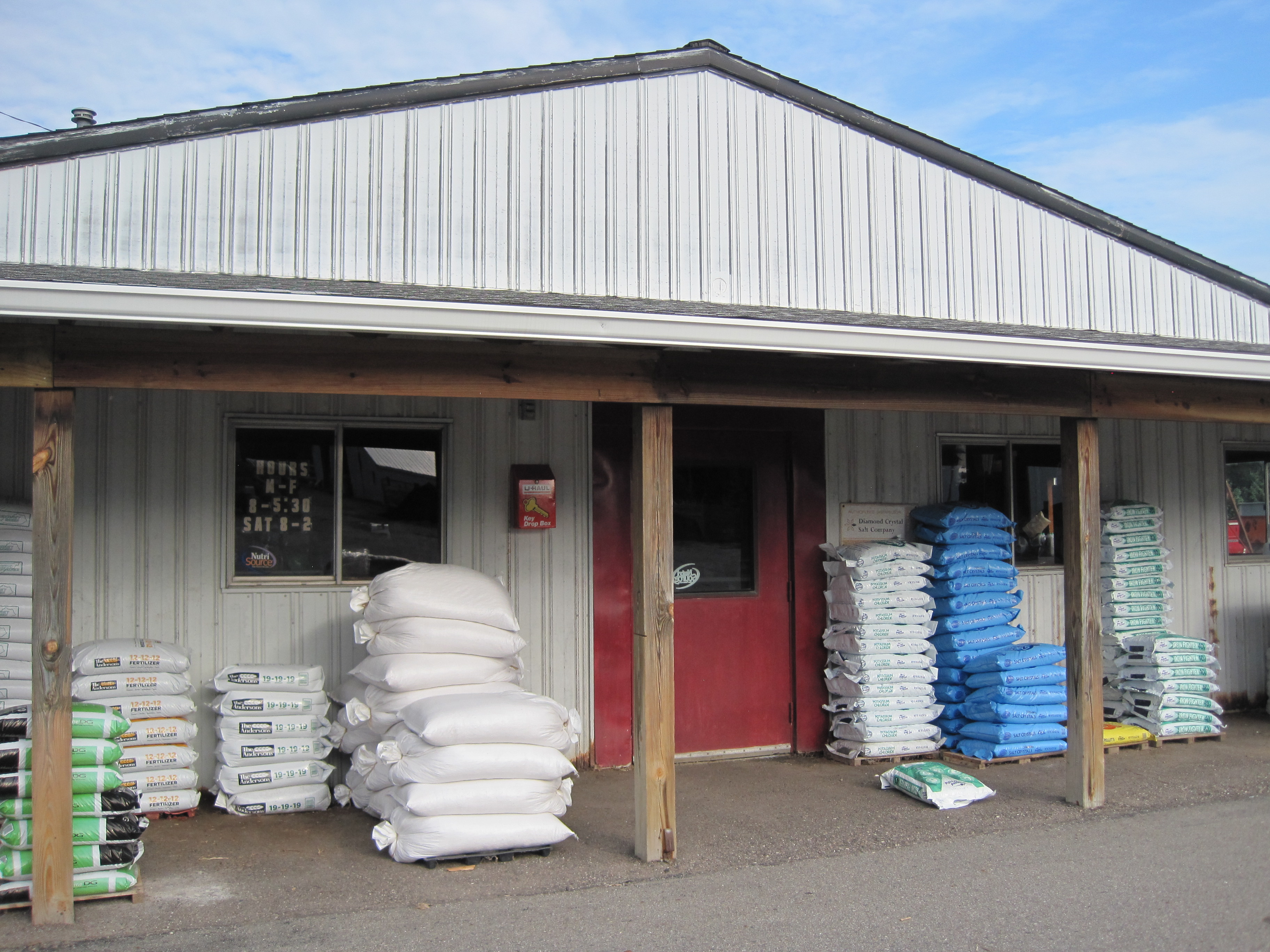 McCalla's Feed Service Inc. image 0