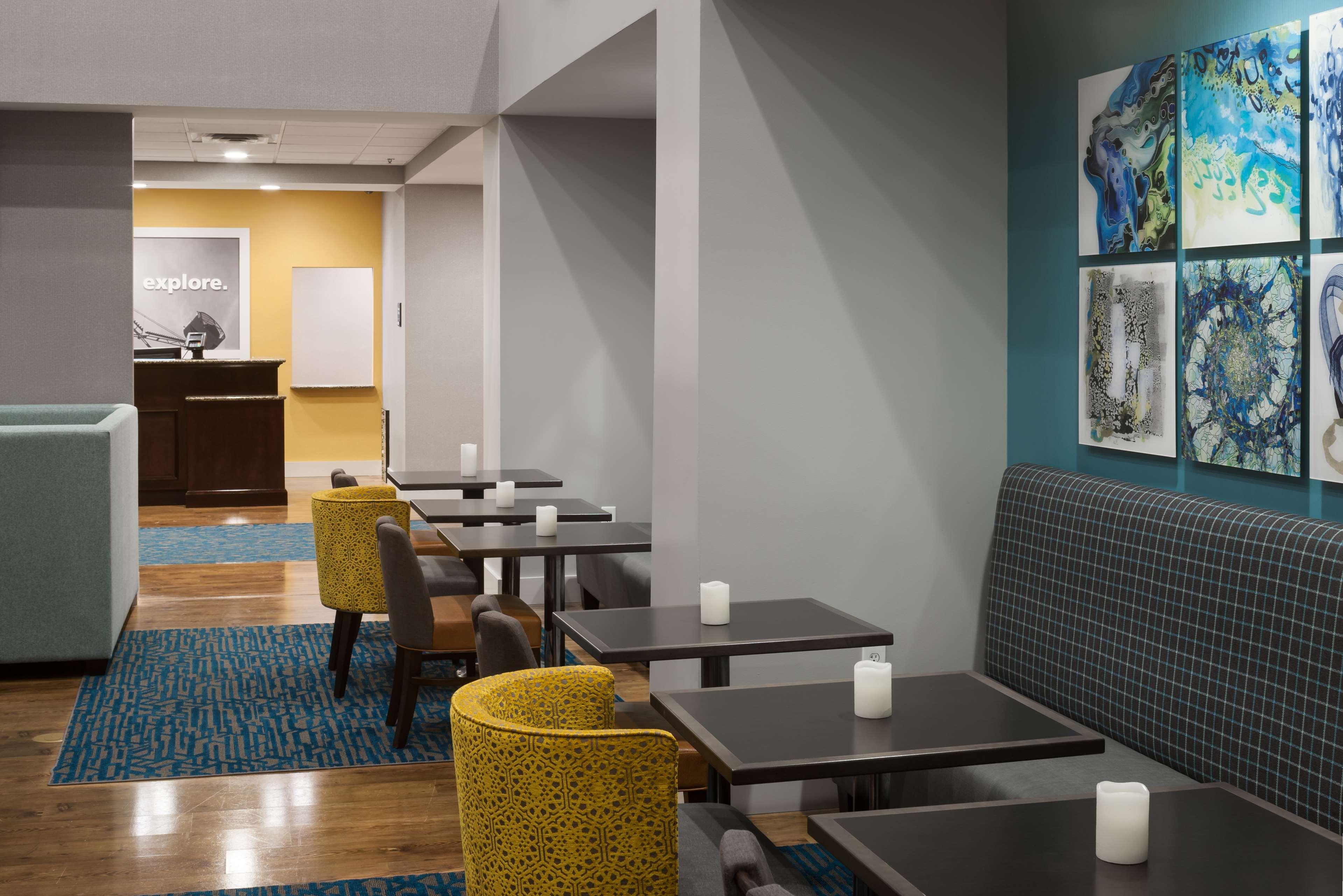 Hampton Inn & Suites Panama City Beach-Pier Park Area image 7