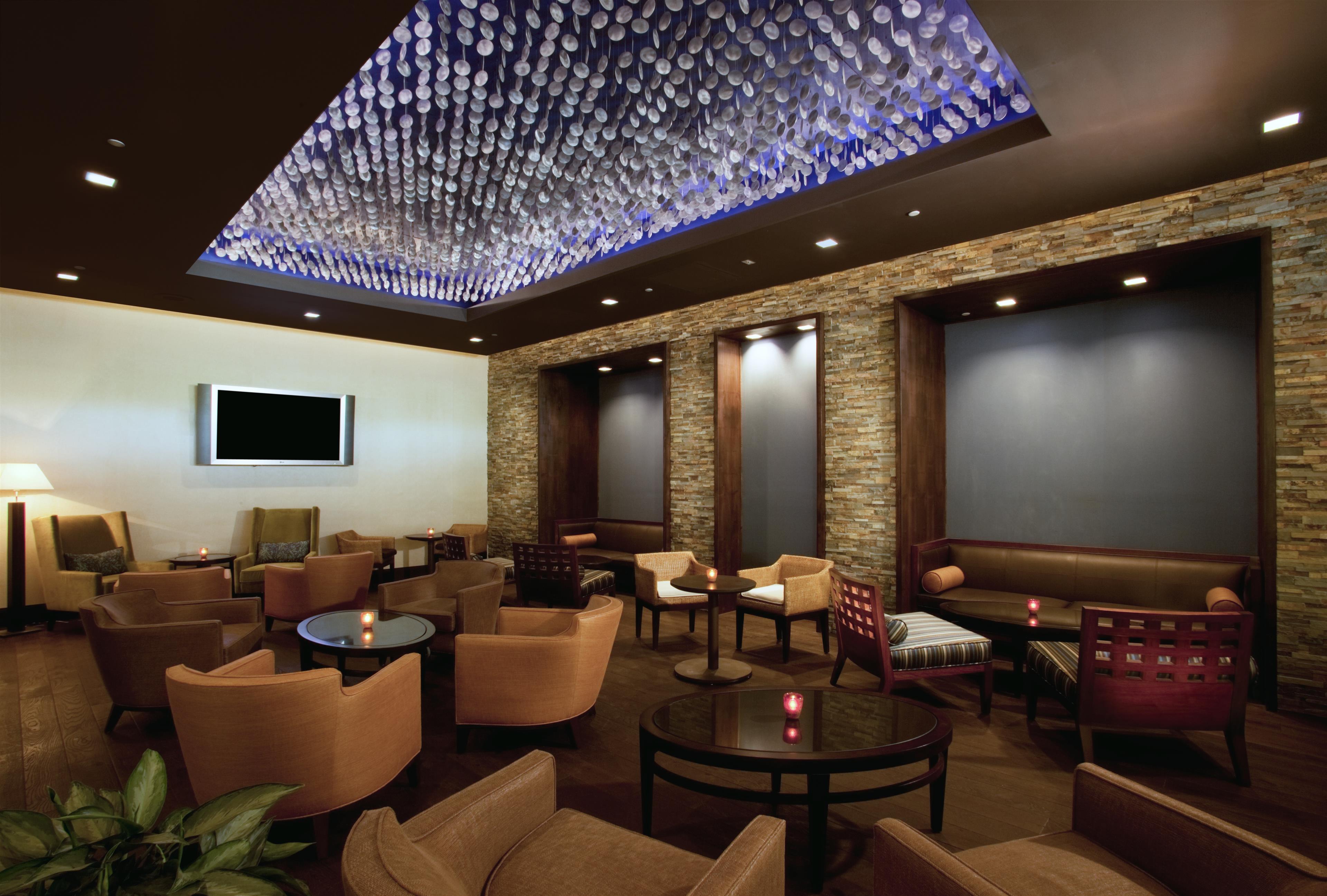 Sheraton Crescent Hotel image 15