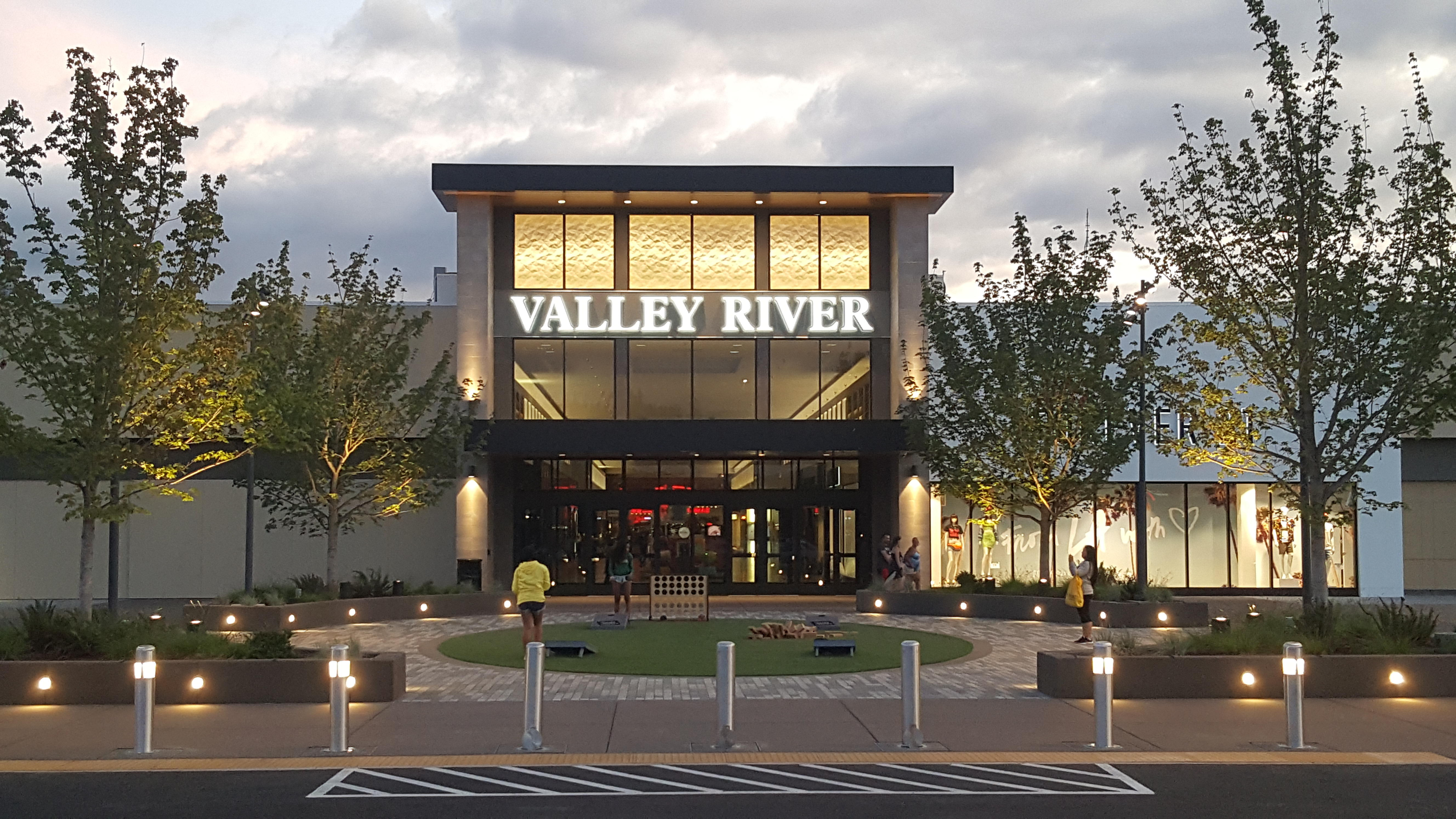 Valley River Center image 0