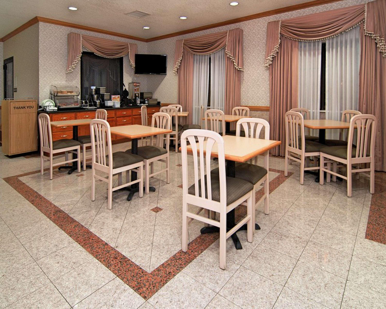 SureStay Hotel by Best Western Falfurrias image 28