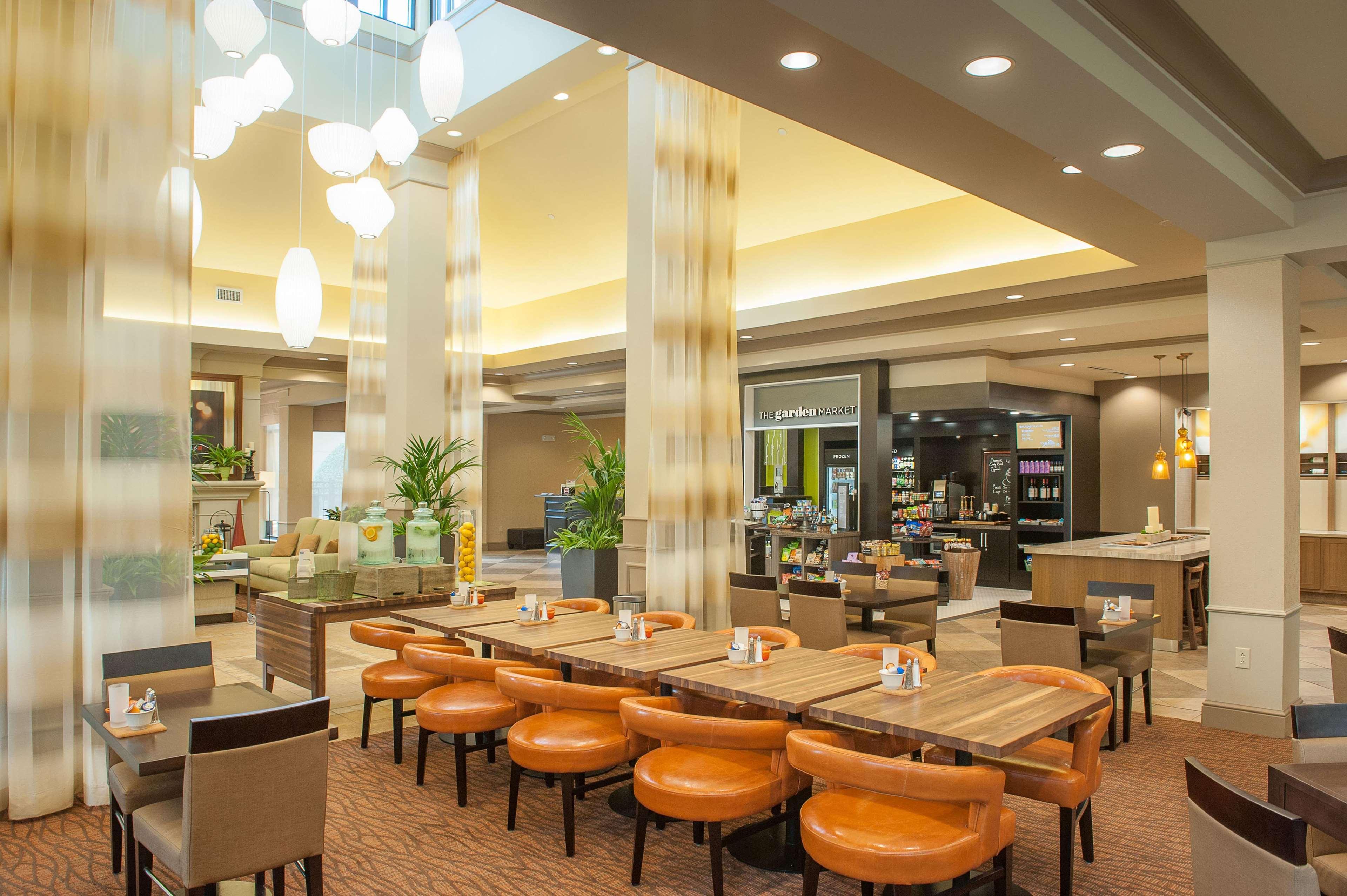 Hilton Garden Inn Pensacola Airport - Medical Center image 8