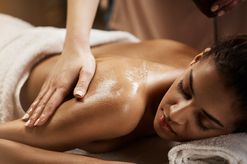 choice of spa Located in a restored colonial home built in 1786, the wingate offers couples and bridal services, massages, facials, and a tea service that's included with its spa packages.