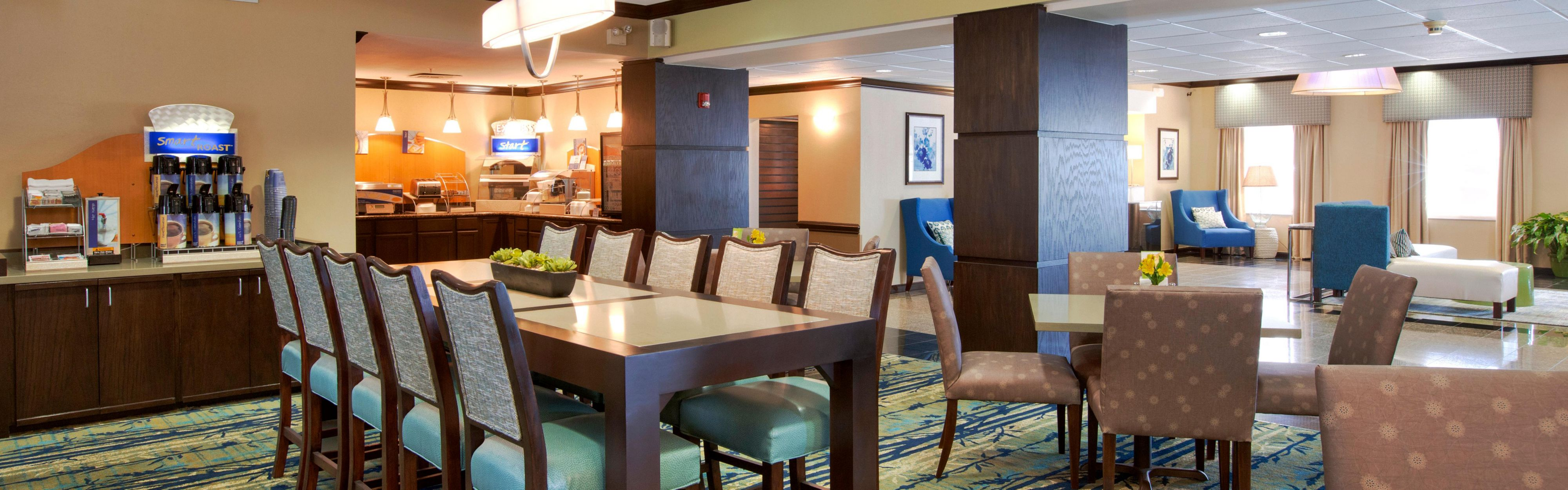 Holiday Inn Express & Suites Houston North-Spring Area image 3