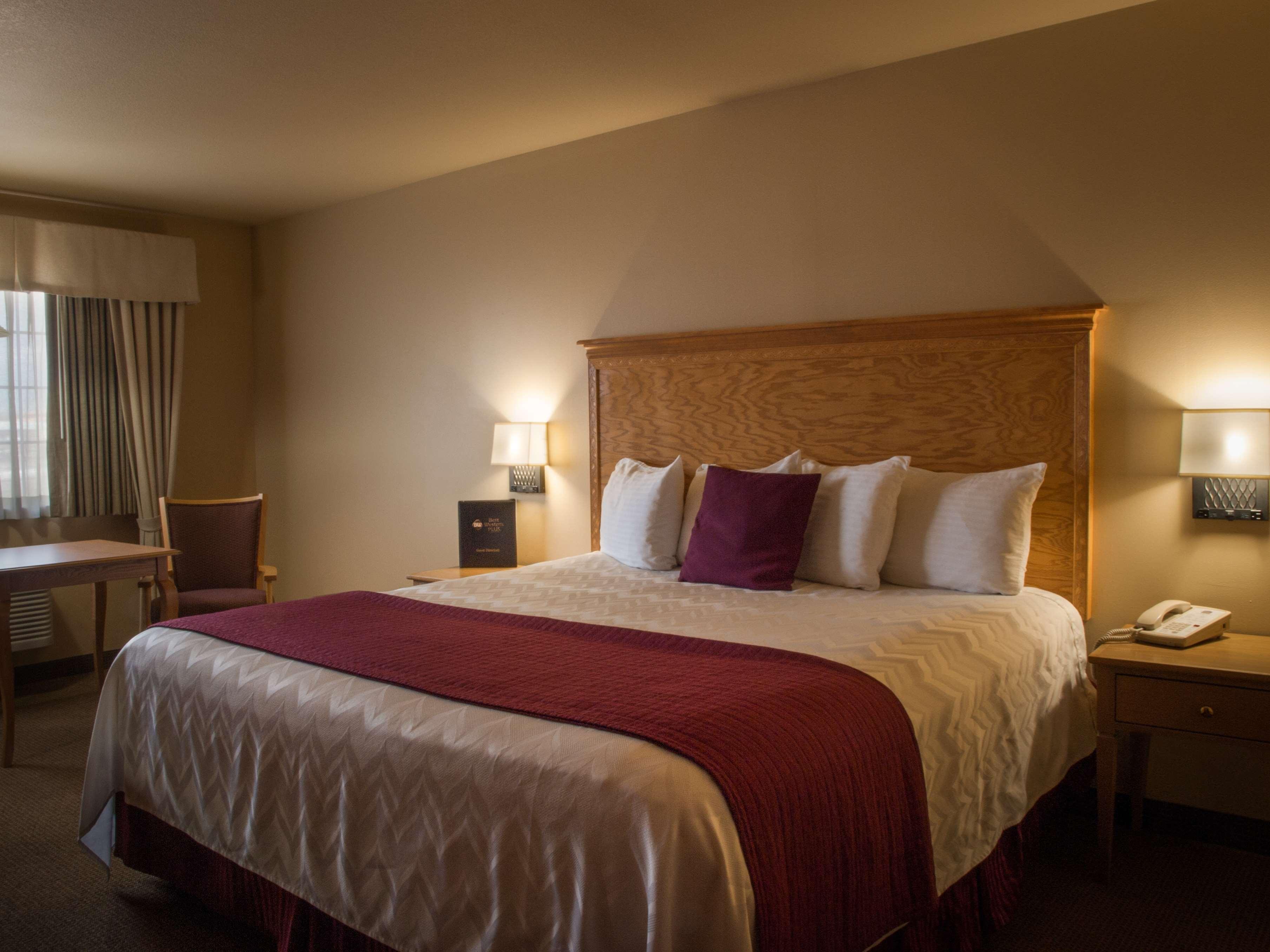 Best Western Plus Caldwell Inn & Suites image 22
